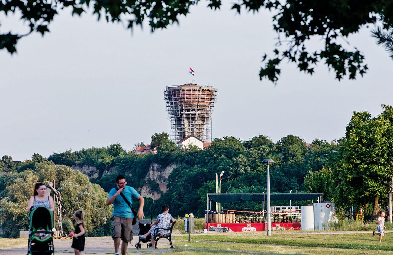 Vukovar, 19.08.2018. Vukovar Na fotografiji: Vodotoranj, simbol Vukovara. Foto: Emica Elvedji / CROPIX