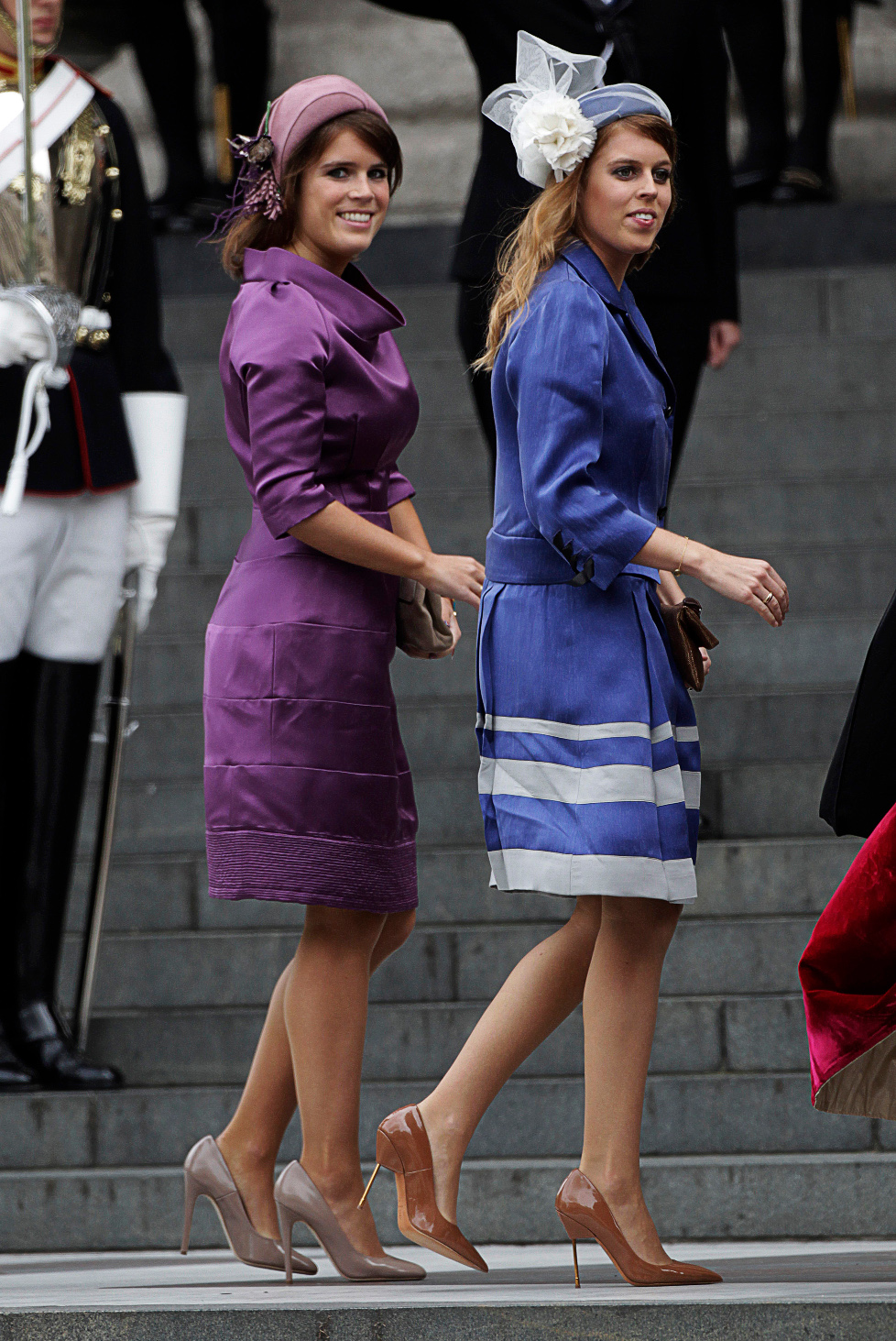 Princess Eugenie (L) and Princess Beatrice arrive for a service of thanksgiving to mark Queen Elizabeth's Diamond Jubilee at St Pauls Cathedral in central London June 5, 2012. REUTERS/David Moir (BRITAIN - Tags: ROYALS ENTERTAINMENT) - LM1E8650SYU01