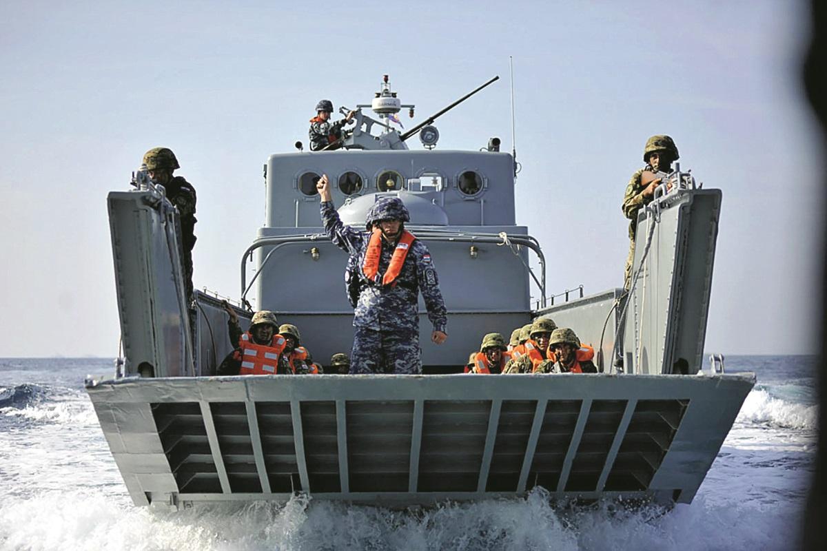 Prvi svečani postroj Satnije mornaričko-desantnog pješaštva