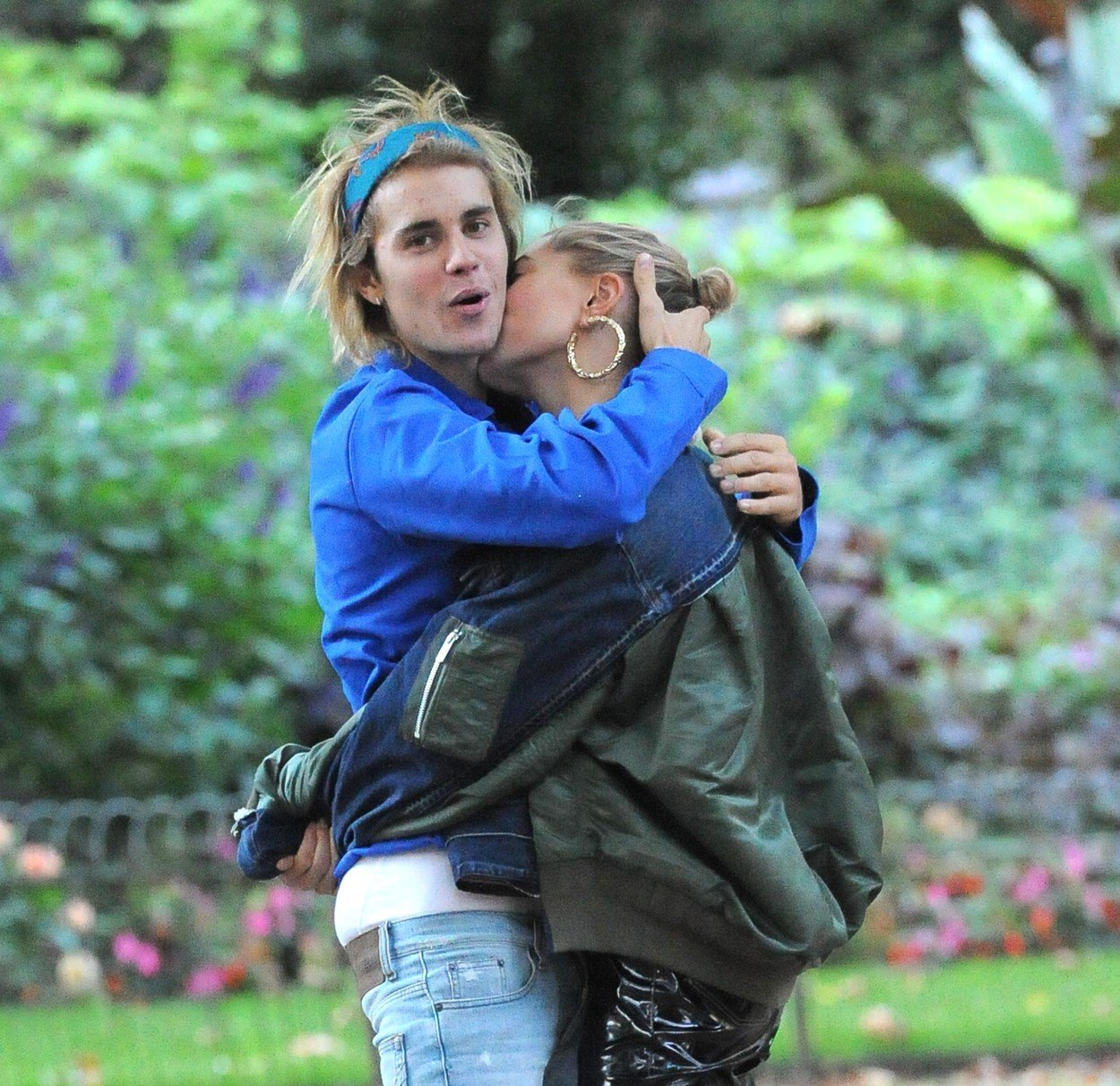 , London, England - 20180917 Justin Bieber and Hailey Baldwin Show Some PDA While Strolling at a Park  -PICTURED: Justin Bieber -, Image: 387126540, License: Rights-managed, Restrictions: , Model Release: no, Credit line: Profimedia, INSTAR Images