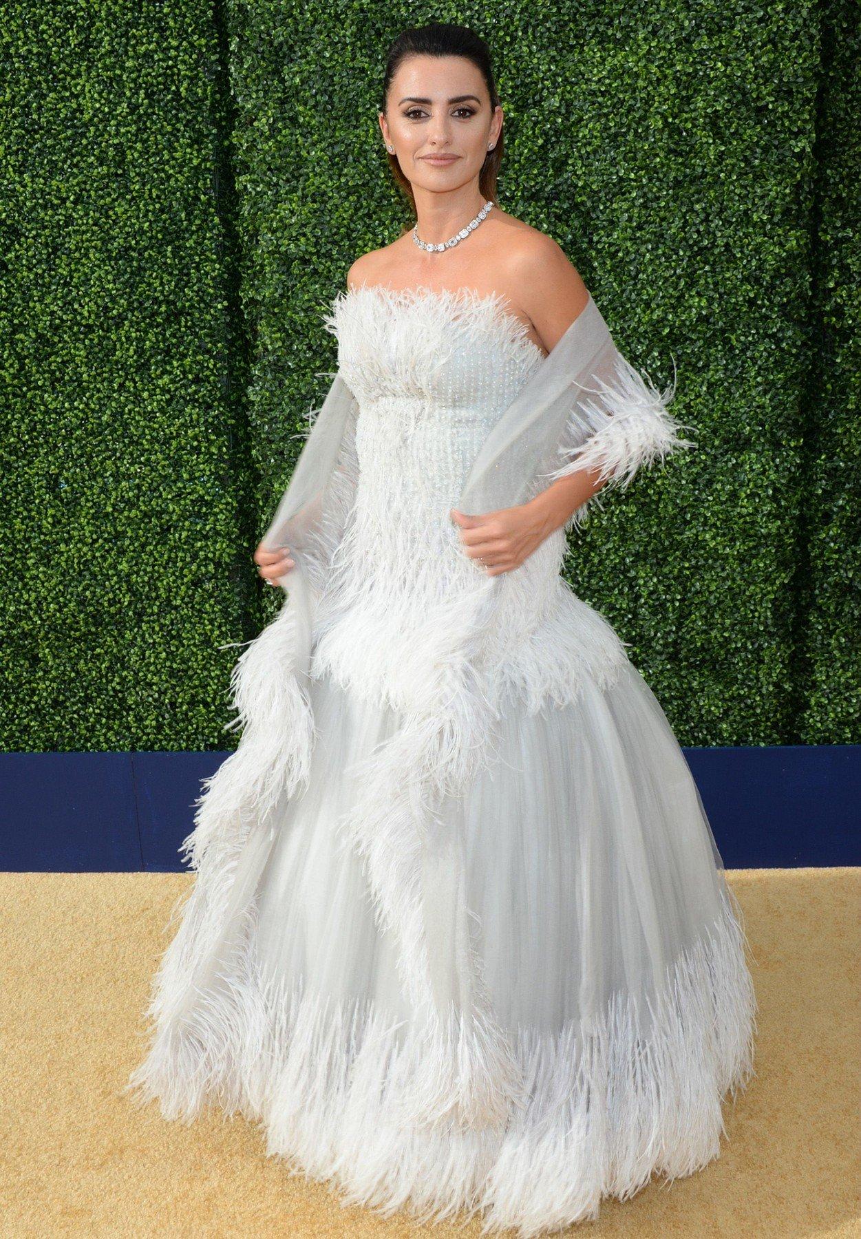 Penelope Cruz 70th Primetime Emmy Awards, Arrivals, Los Angeles, USA - 17 Sep 2018 70th Annual Primetime Emmy Awards - Arrivals, Image: 387156292, License: Rights-managed, Restrictions: , Model Release: no, Credit line: Profimedia, TEMP Rex Features