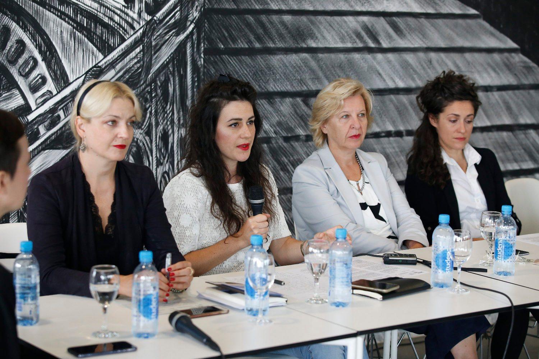 Na fotografiji: producentica festivala Paola Orlić, umjetnička direktorica festivala Marina Paulenka, ravnateljica MSU-a Snježana Pintarić, voditeljica projekata festivala Morana Matković