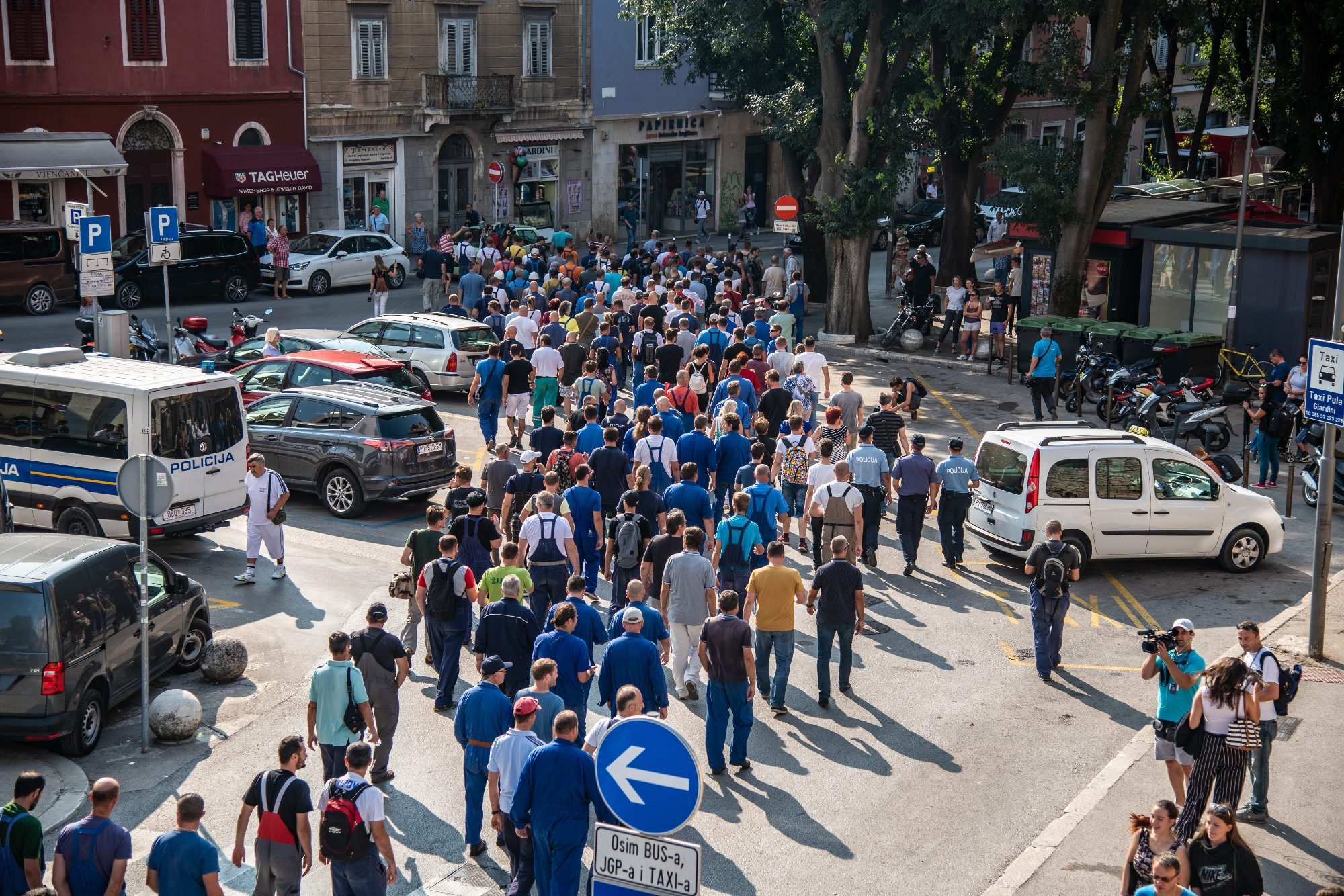 štrajk radnika ispred Uljanika