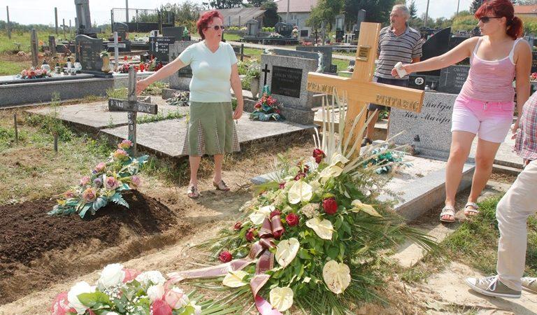 Nevenka Bunić i njezina kći, Sokolovac kod Koprivnice