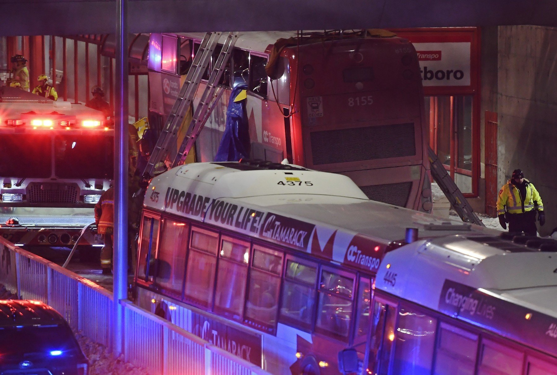 January 11, 2019 - Ottawa, on, Canada - Police and first responders work at the scene where a double-decker city bus struck a transit shelter in Ottawa, on Friday, Jan. 11, 2019., Image: 406711589, License: Rights-managed, Restrictions: * Canada and U.S. RIGHTS OUT *, Model Release: no, Credit line: Profimedia, Zuma Press - News