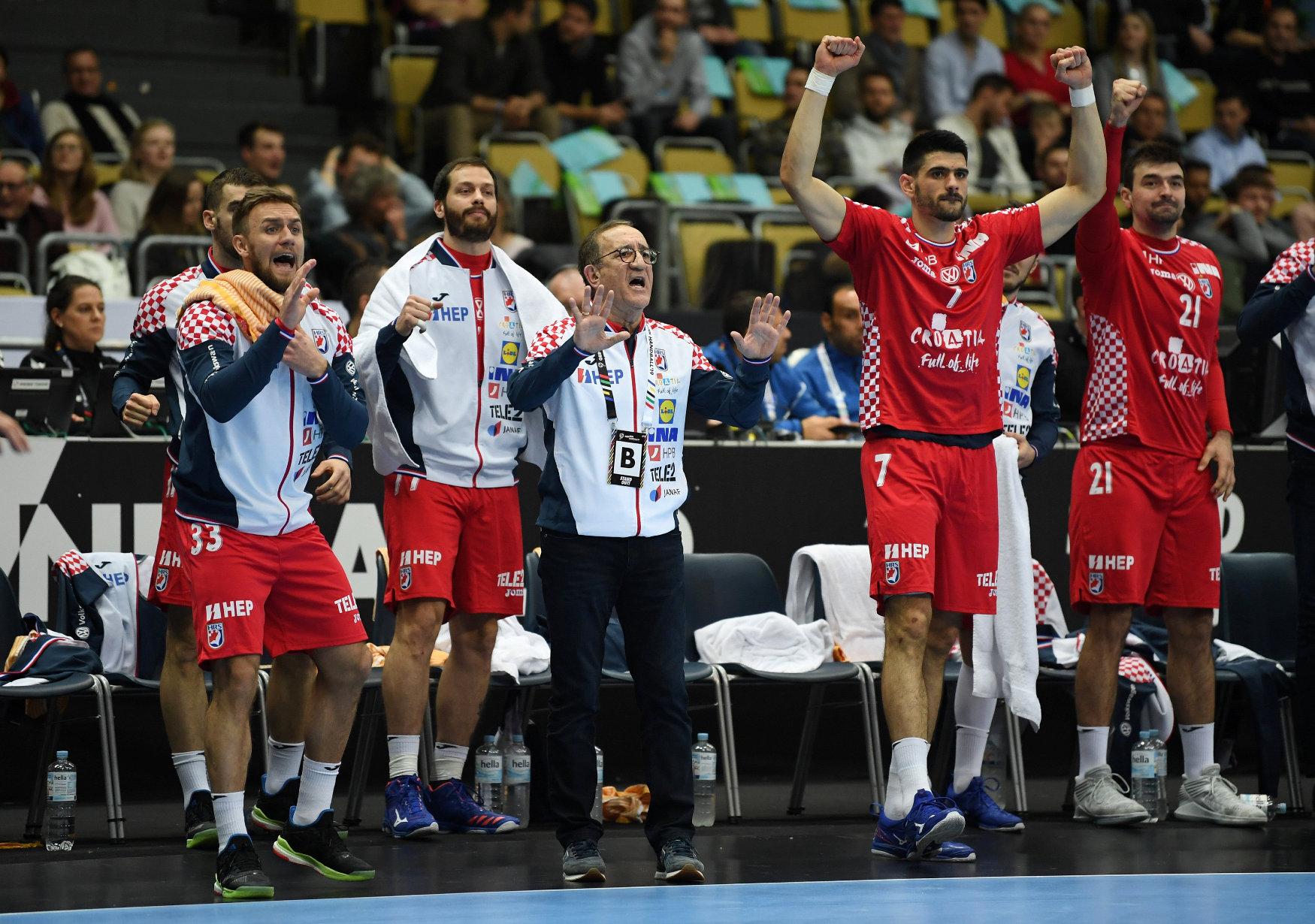 IHF Handball World Championship - Germany & Denmark 2019 - Group B - Croatia v Macedonia - Olympiahalle, Munich, Germany - January 14, 2019  Croatia caoch Lino Cervar during the match   REUTERS/Andreas Gebert