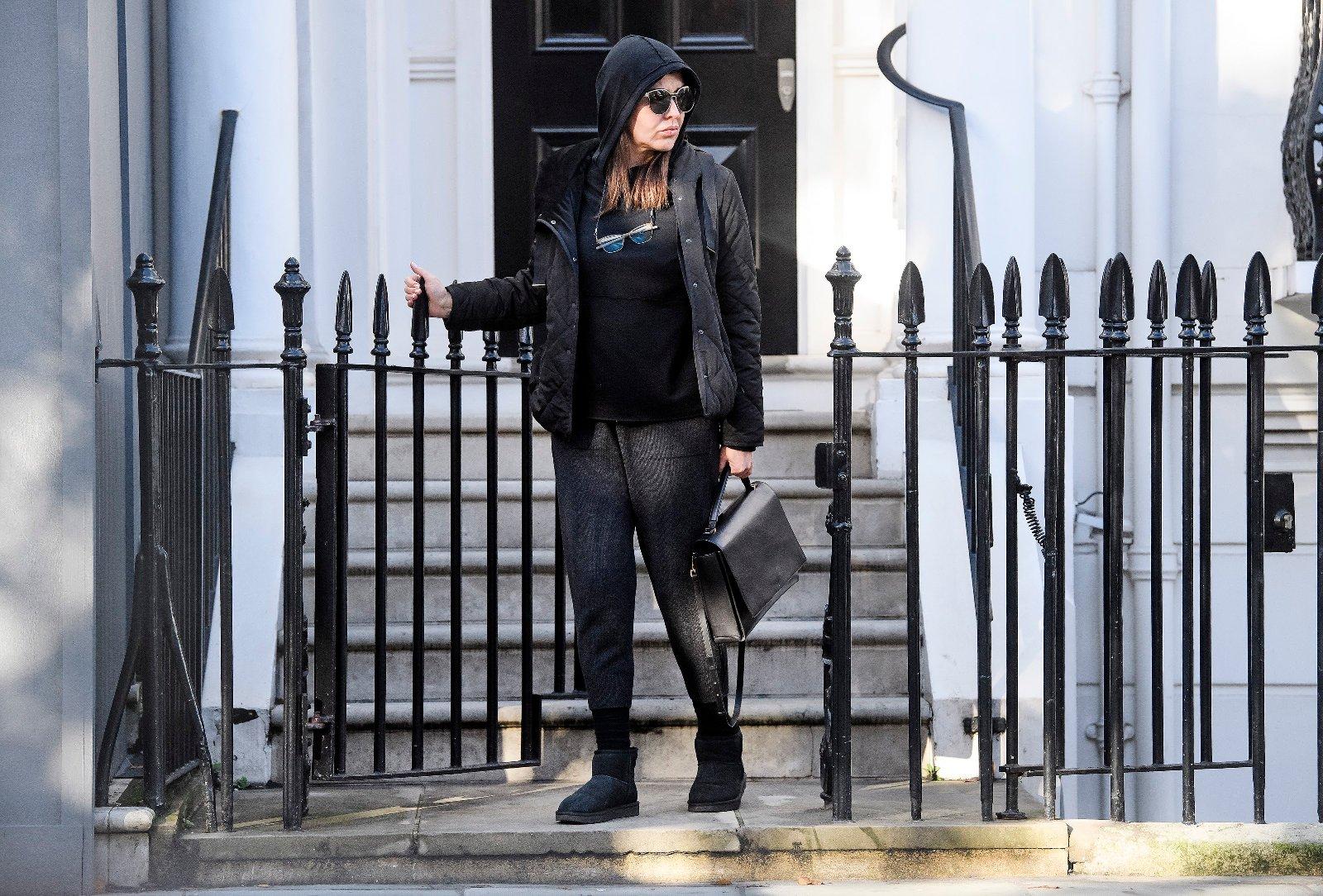 Zamira Hajiyeva ispred svog doma u Londonu