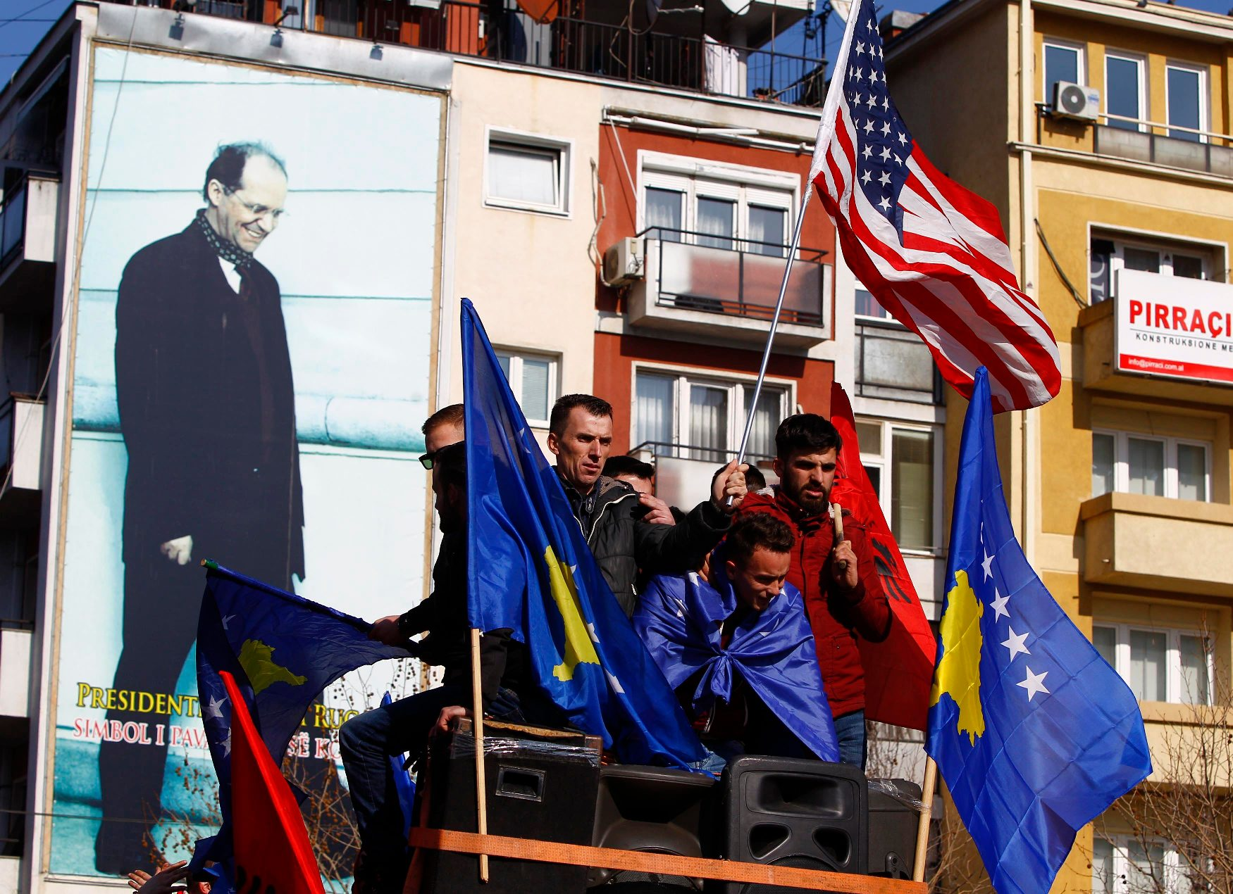 2018-02-17T135959Z_536964596_UP1EE2H12VY7T_RTRMADP_3_KOSOVO-INDEPENDENCE-ANNIVERSARY