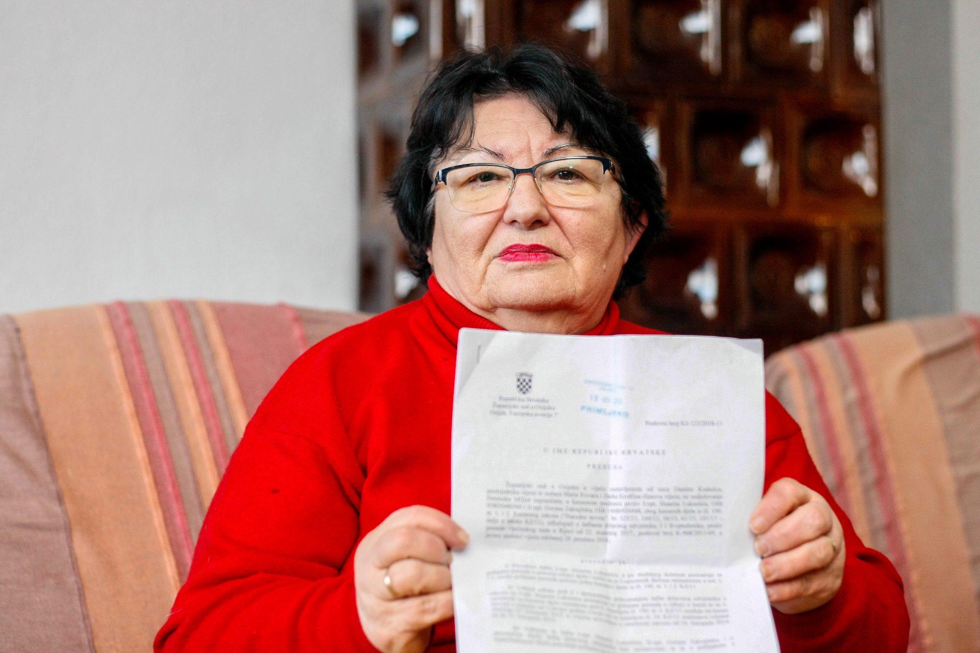 Rijeka, 250119. Bregi, Zlata Luksetic, majka sina Hunatia kojemu je izrecena presuda na dvije godine zatvora zbog prodaje marihuane. Foto: Matija Djanjesic / CROPIX