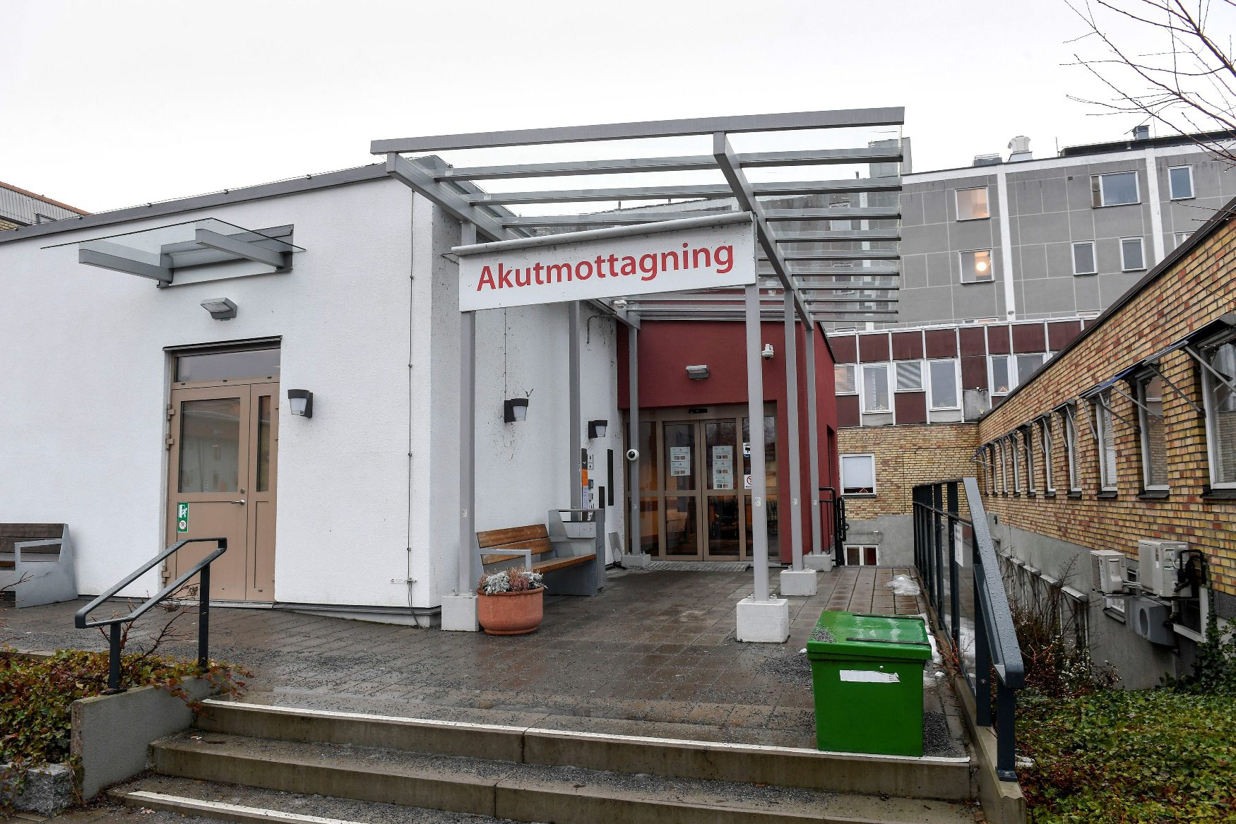 A general view shows the hospital in Enkoping, Sweden, January 4, 2019. TT News Agency/Fredrik Sandberg via REUTERS    ATTENTION EDITORS - THIS IMAGE WAS PROVIDED BY A THIRD PARTY. SWEDEN OUT. NO COMMERCIAL OR EDITORIAL SALES IN SWEDEN.
