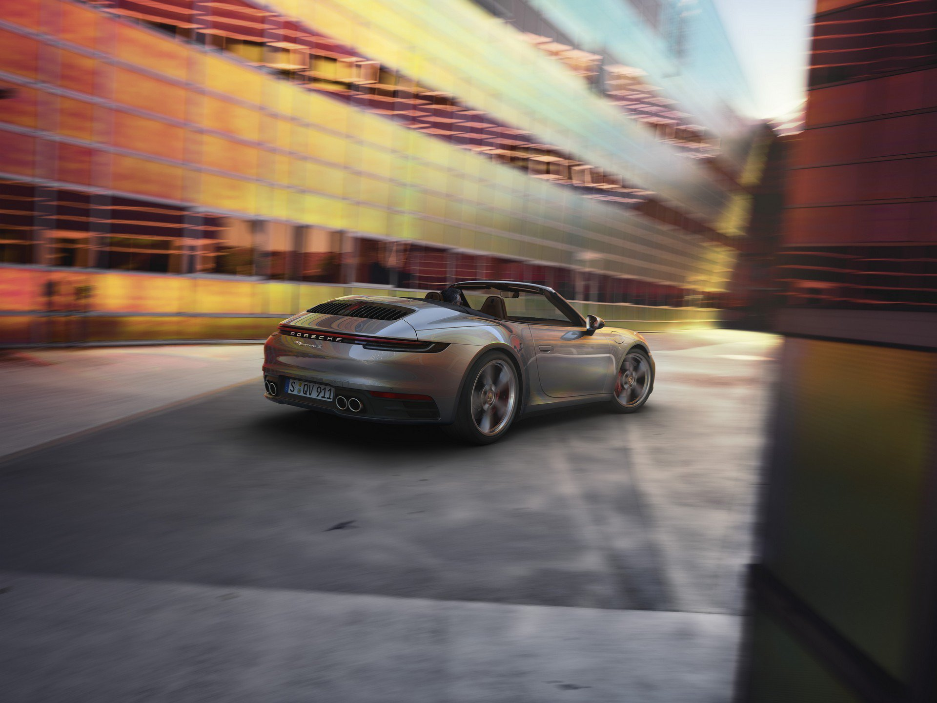8a25b917-2020-porsche-911-convertible-1