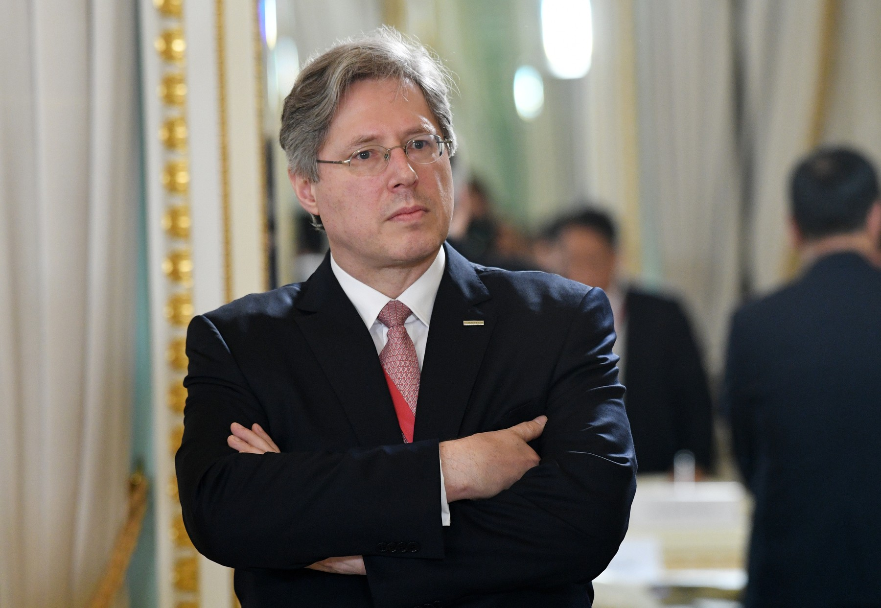 5906458 06.06.2019 Schaeffler Holding owner Georg Schaeffler waits before the meeting of Russian President Vladimir Putin with investors on the outskirts of the St. Petersburg International Economic Forum (SPIEF) in St. Petersburg, Russia., Image: 443940244, License: Rights-managed, Restrictions: , Model Release: no, Credit line: Grigory Sysoev / Sputnik / Profimedia