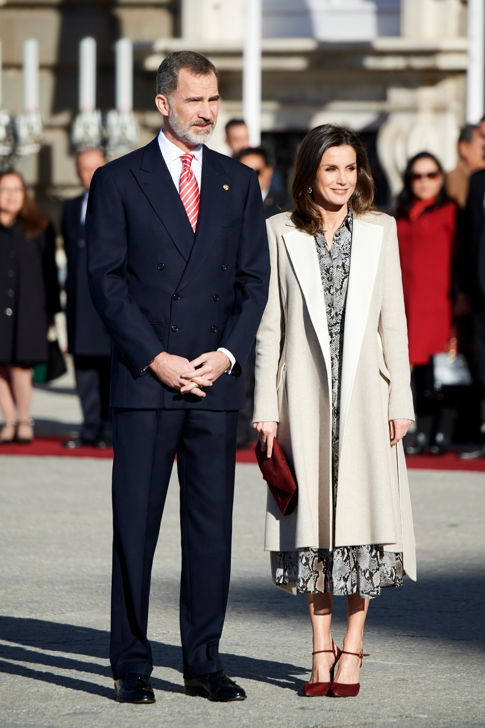 MADRID, SPAIN - FEBRUARY 27: King Felipe VI of Spain and Queen Letizia of Spain receive Peruvian President Martin Alberto Vizcarra  at the Royal Palace on February 27, 2019 in Madrid, Spain. (Photo by Carlos Alvarez/Getty Images)