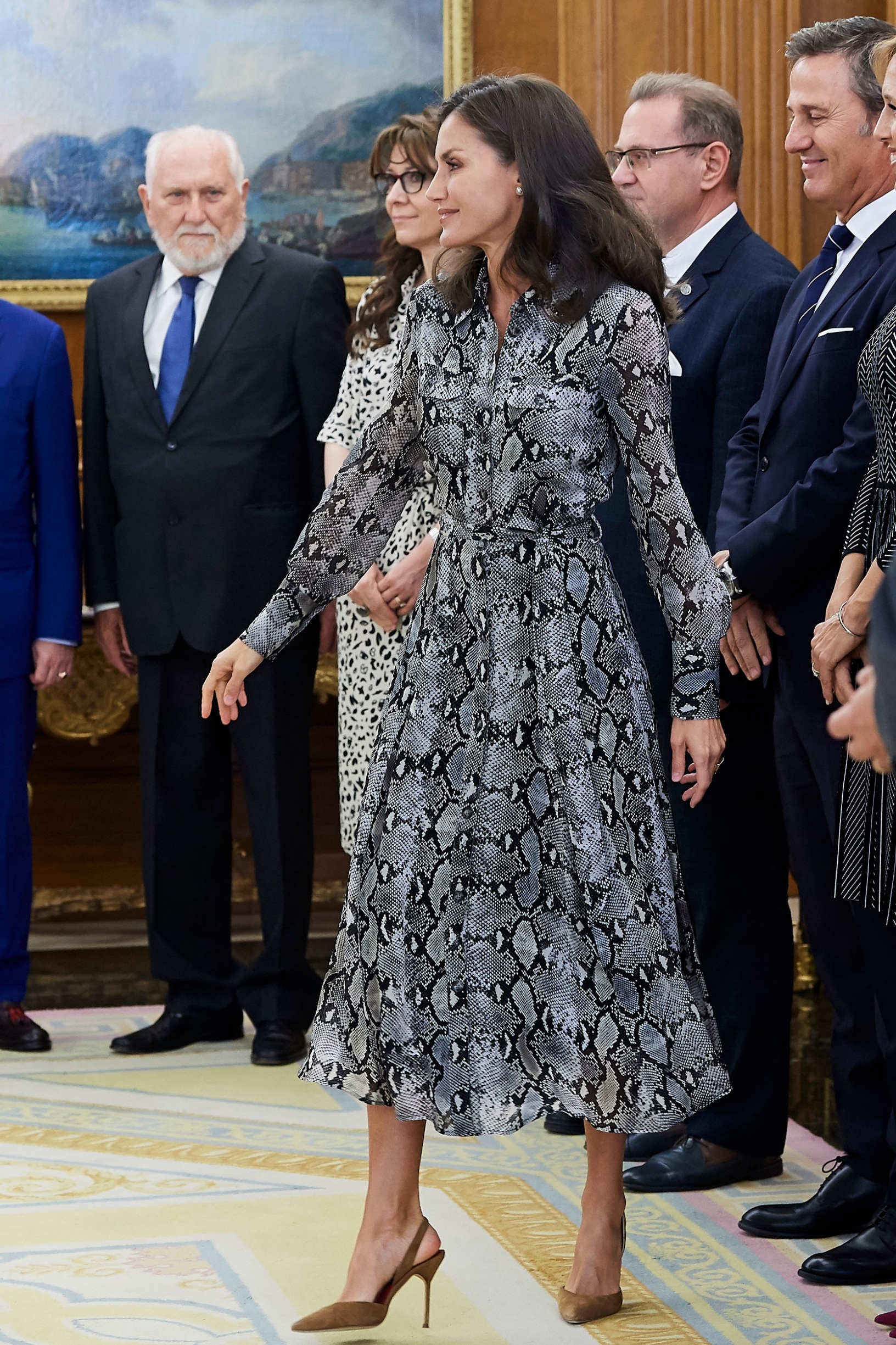 MADRID, SPAIN - OCTOBER 08: Queen Letizia of Spain attends several audiences at Zarzuela Palace on October 08, 2019 in Madrid, Spain. (Photo by Carlos Alvarez/Getty Images)