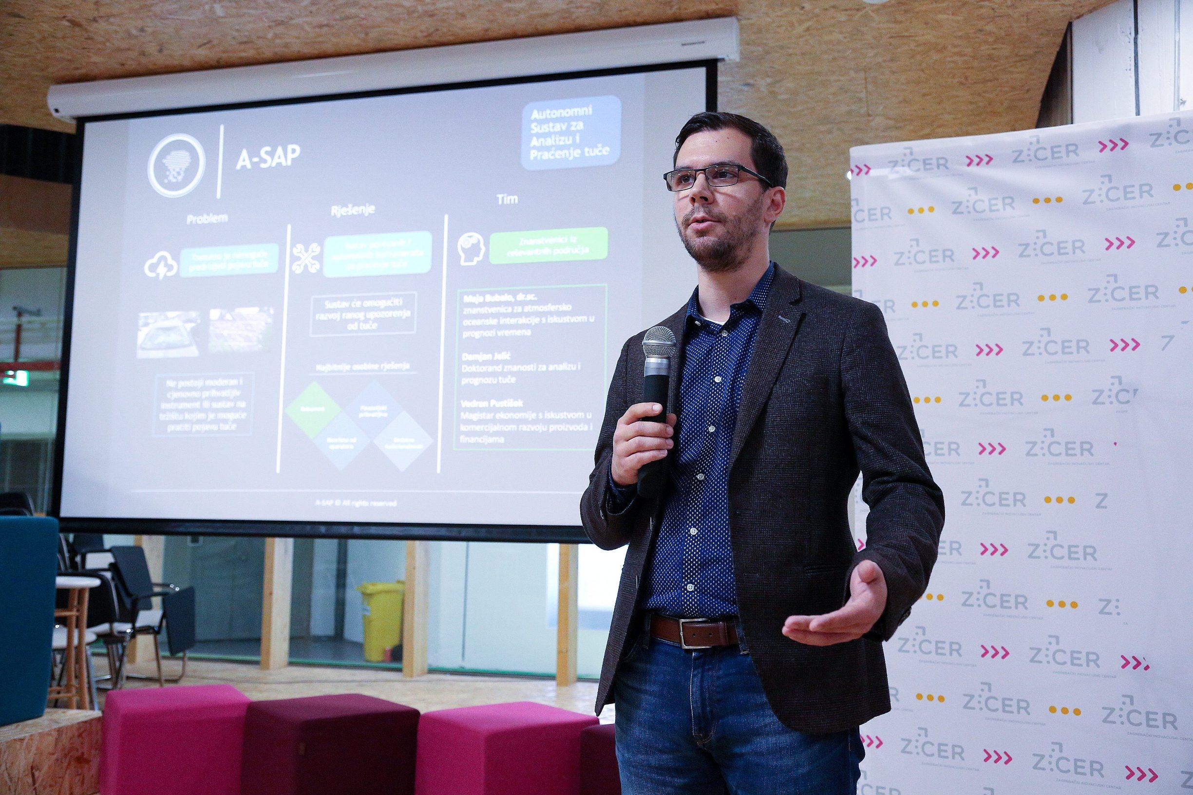 Zagreb, 141019. Velesajam. Predstavljanje sudionka cetvrtog ciklusa Startup Factory. Foto: Davor Pongracic / CROPIX
