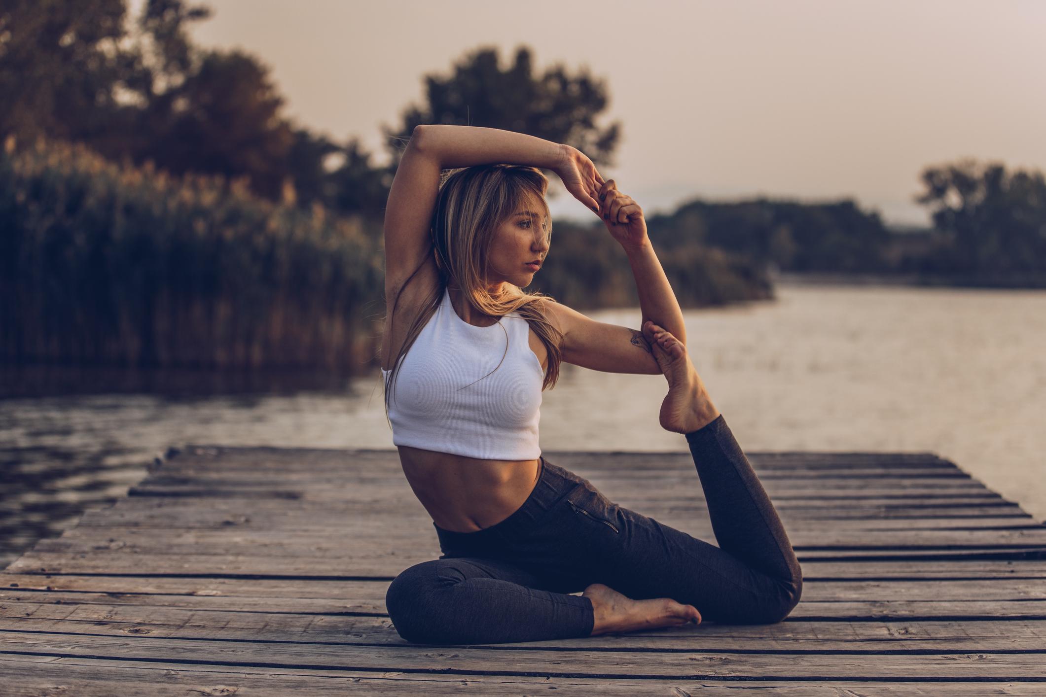 O stadiju hipertenzije ovisi hoće li joga biti dopunsko ili osnovno sredstvo liječenja i kakav će biti volumen i intenzitet vježbanja, što se definira konzultacijama s liječnikom.