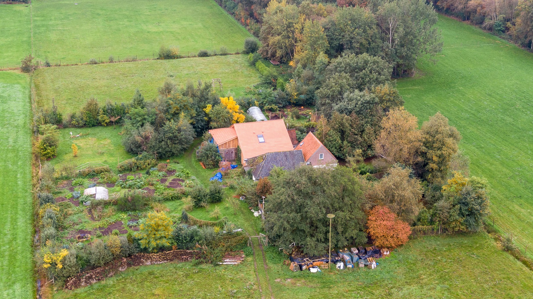 2019-10-15 11:40:19 A drone photo of the farm, where a father and six children had been living in the cellar, In Ruinerwold, The Netherlands, 15 October 2019. The family lived in the cellar for years and where waiting for 'the end of time'. ANP WILBERT BIJZITTER, Image: 477153400, License: Rights-managed, Restrictions: , Model Release: no, Credit line: Wilbert Bijzitter / AFP / Profimedia