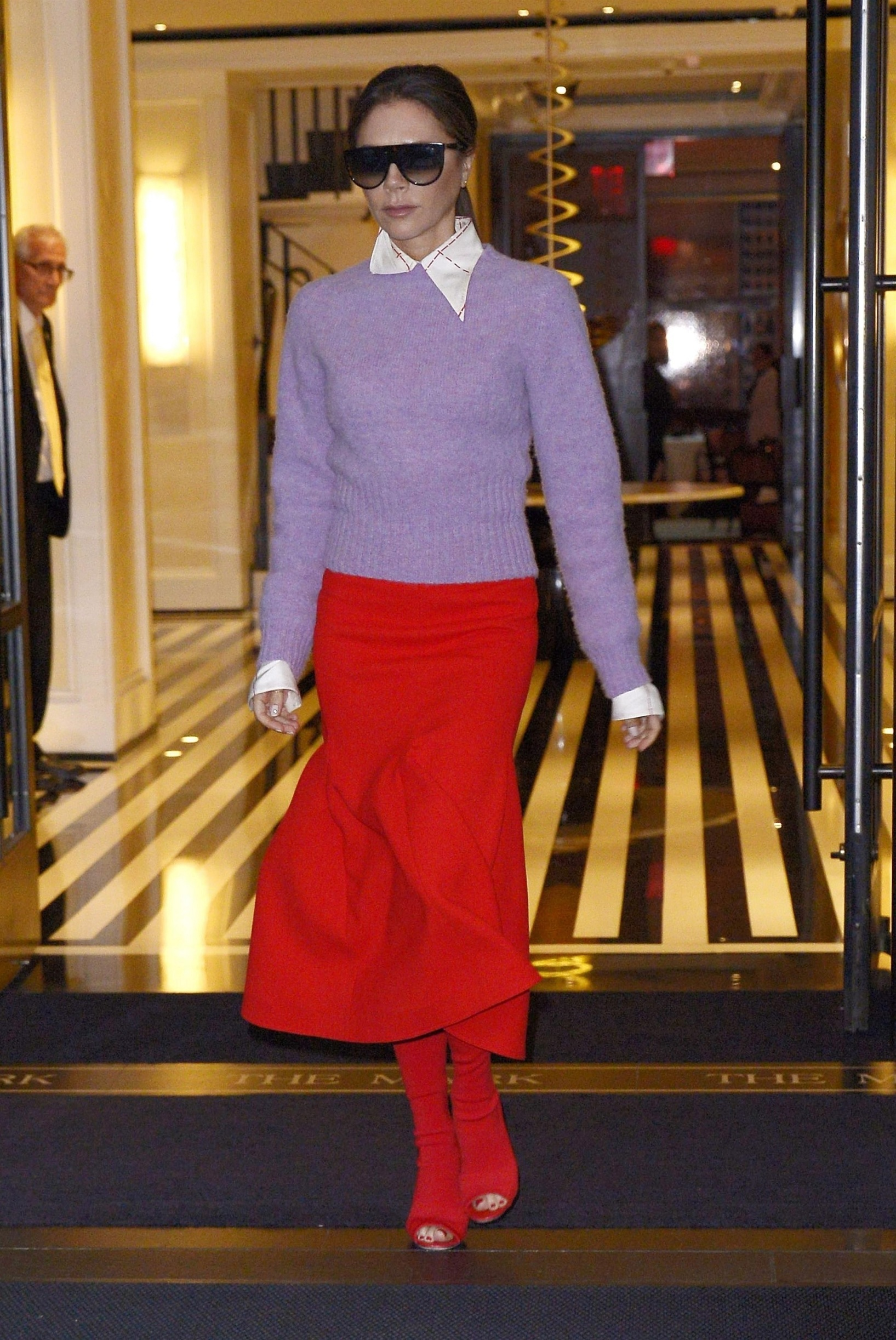 New York, NY  - Victoria Beckham wears a red skirt and matching red shoes on her way to the Today show in New York City. Victoria stands out in the stylish outfit for the talk show appearance.  *UK Clients - Pictures Containing Children Please Pixelate Face Prior To Publication*, Image: 476903578, License: Rights-managed, Restrictions: , Model Release: no, Credit line: BACKGRID / Backgrid USA / Profimedia