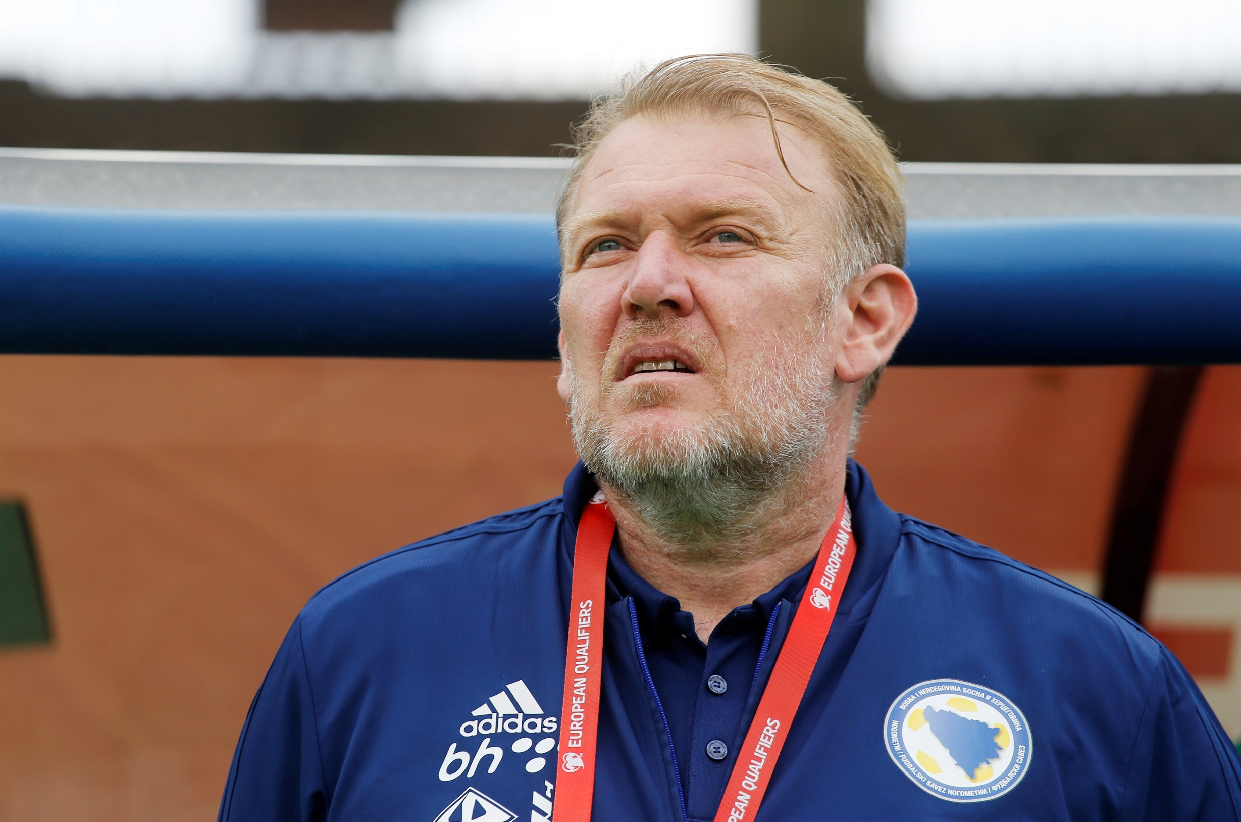 Soccer Football - Euro 2020 Qualifier - Group J - Armenia v Bosnia and Herzegovina - Vazgen Sargsyan Republican Stadium, Yerevan, Armenia - September 8, 2019  Bosnia and Herzegovina coach Robert Prosinecki   REUTERS/Anton Vaganov - RC1EE48BD850