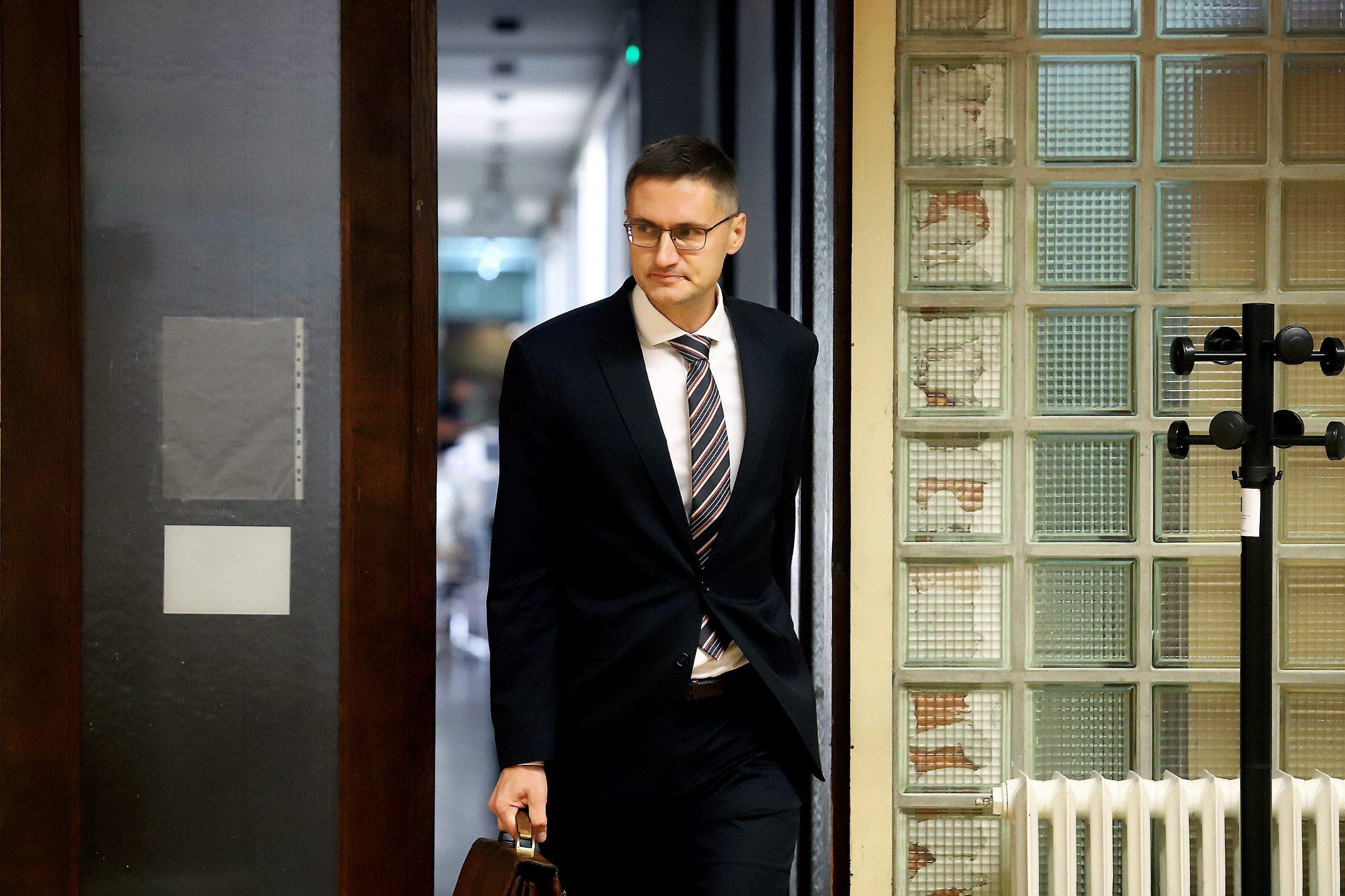 Varazdin, 211019. Na Zupanijskom sudu  nastavljene je sudjenje Smiljani Srnec za ubojstvo sestre. Na fotografiji: Kresimir Golubic, odvjetnik Smiljane Srnec. Foto: Zeljko Hajdinjak / CROPIX