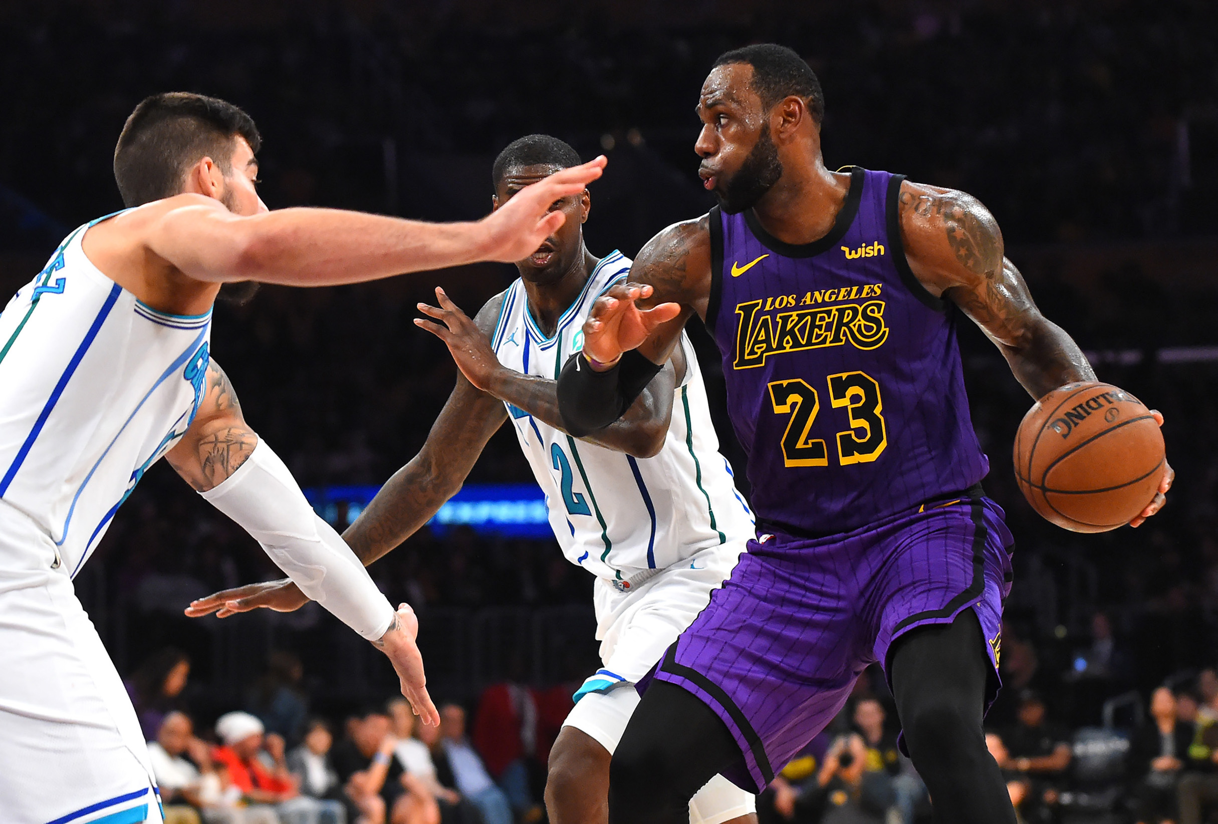 2019-03-30T051303Z_1501272272_NOCID_RTRMADP_3_NBA-CHARLOTTE-HORNETS-AT-LOS-ANGELES-LAKERS