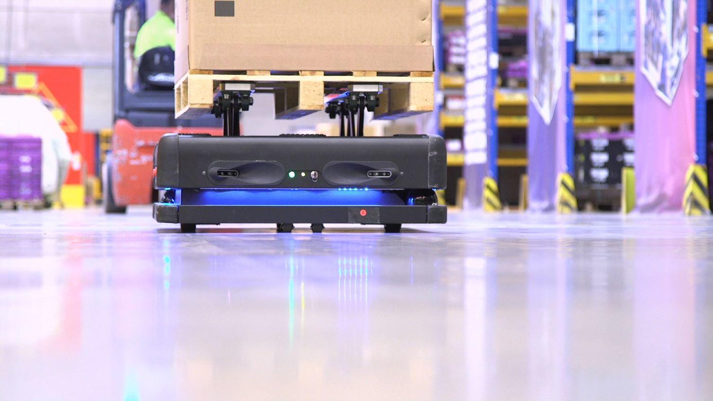 Gideon Brothers roboti u DB Schenker logističkom centru