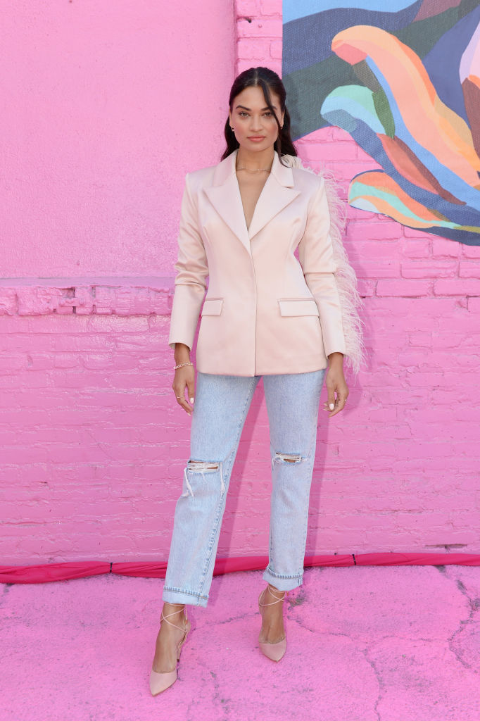 LOS ANGELES, CALIFORNIA - AUGUST 28: Shanina Shaik attends Pandora Street Of Loves on August 28, 2019 in Los Angeles, California. (Photo by Andrew Toth/Getty Images for Pandora)