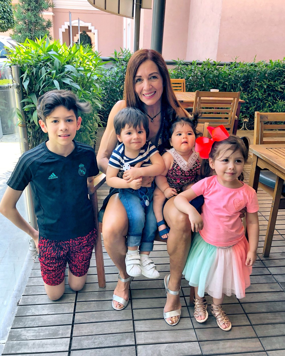 Alejandra pictured with her grandchildren. THIS GRAN swears by a RAW FOOD diet to keep her looking youthful - and the flirtatious advances she receives from MEN and being mistaken for her daughter's sister prove it's working. Pilates instructor, Alejandra Labastida-Shapiro (55) who lives in Chicago, Illinois, USA, began her journey to live a healthy lifestyle when she was just 10 years old when her father would encourage her to run with him. Growing up with healthy parents who would use natural remedies and medicinal herbs to avoid future sicknesses and injuries, educated Alejandra about the world of fitness and diets. While she initially chose this lifestyle for vanity reasons, as she grew older, she began to re-shift her focus to improve her health. In 2000, Alejandra, who is a mum to three adults; Roberto (34), Alejandra (32) and Mauricio (25), was introduced to Pilates through a friend, which she fell in love with. She avoids any processed food and sugar and consumes mainly raw and organic food. Her youthful figure has prompted many advances from men who give her compliments on her appearance and has even received flowers from a secret admirer. mediadrumworld.com / Alejandra Labastida-Shapiro, Image: 474475287, License: Rights-managed, Restrictions: , Model Release: no, Credit line: mediadrumworld.com / Alejandra L / Media Drum World / Profimedia
