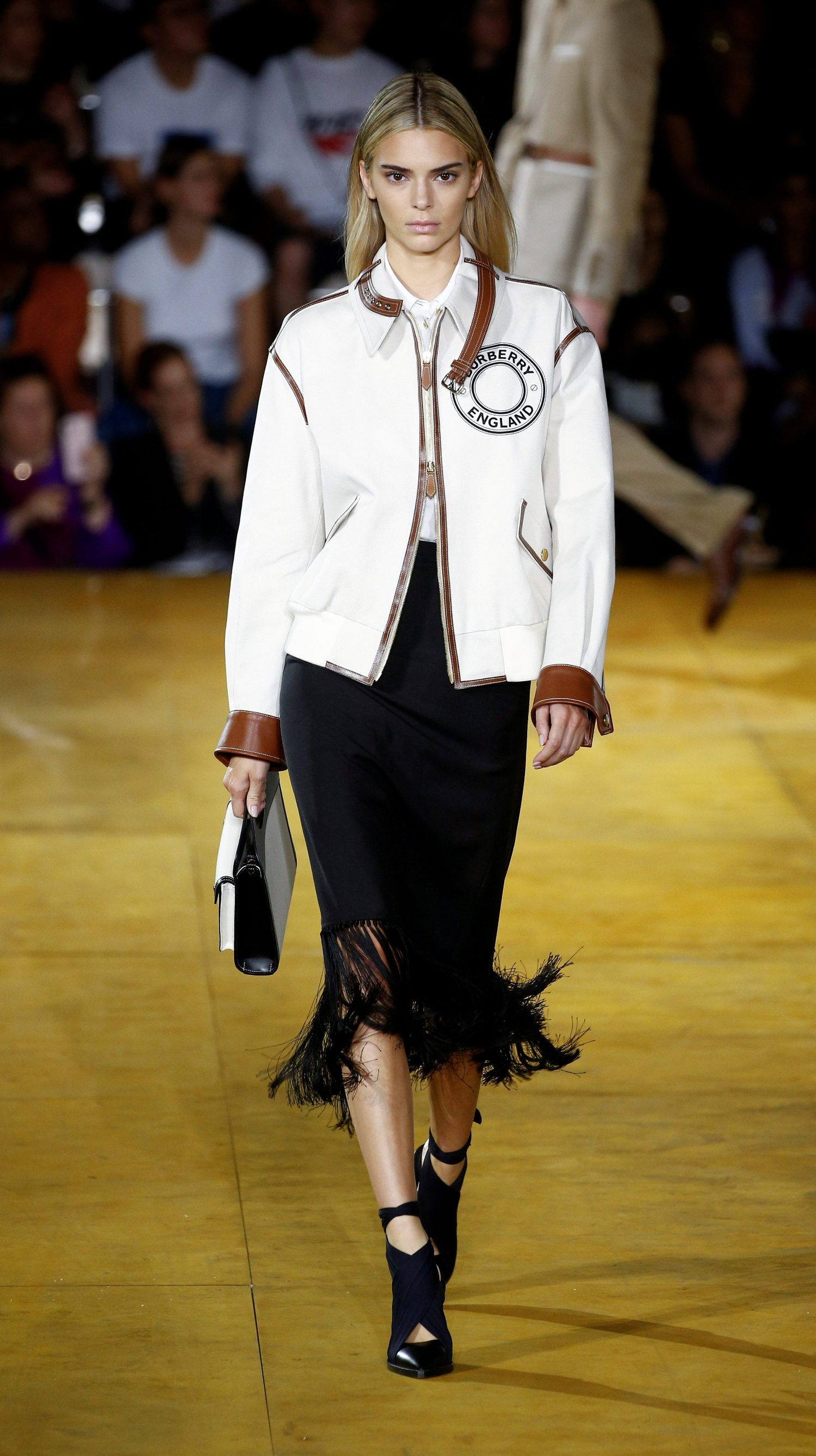FILE PHOTO: Model Kendall Jenner presents a creation during the Burberry catwalk show at London Fashion Week in London, Britain, September 16, 2019. REUTERS/Henry Nicholls/File Photo