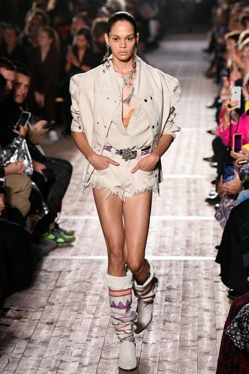 Model on the catwalk Isabel Marant show, Runway, Spring Summer 2020, Paris Fashion Week, France - 26 Sep 2019, Image: 473960069, License: Rights-managed, Restrictions: , Model Release: no, Credit line: PIXELFORMULA/SIPA / Shutterstock Editorial / Profimedia