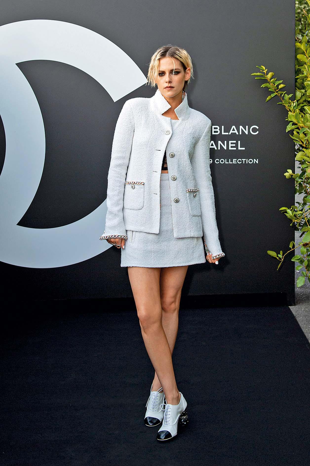 PARIS, FRANCE - JULY 11: Kristen Stewart attends the Noir et Blanc de Chanel Fall/Winter 2019 Makeup Collection - Yachts De Paris on July 11, 2019 in Paris, France. (Photo by Kristy Sparow/Getty Images for Chanel)