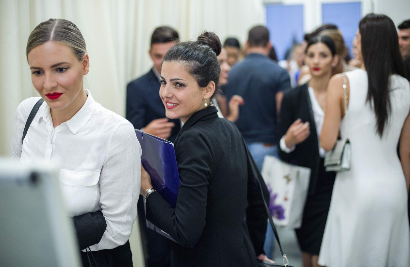 Lani se na casting za kabinsko osoblje zrakoplovne tvrtke Emirates prijavilo 63 kandidatkinja i kandidata
