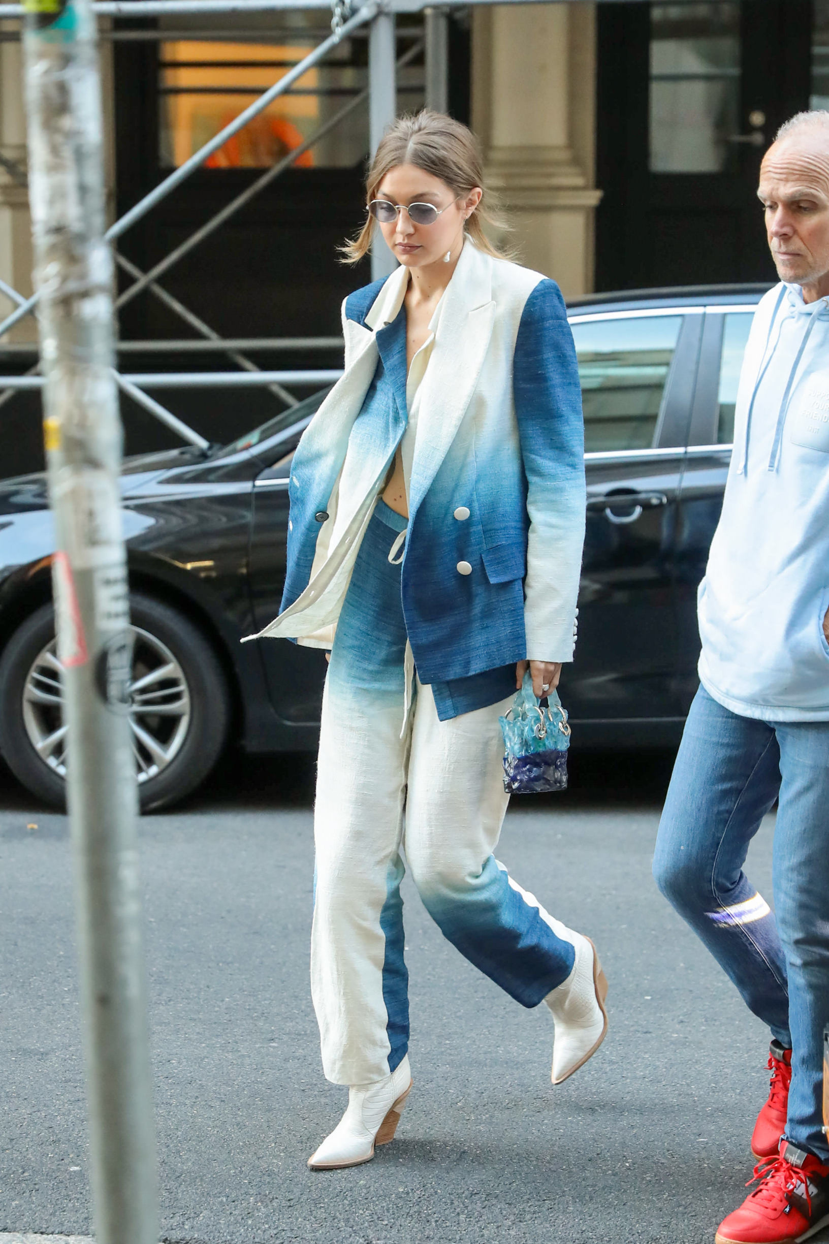 Gigi Hadid is seen in New York City. 19 Oct 2019, Image: 477904789, License: Rights-managed, Restrictions: World Rights, Model Release: no, Credit line: BG024/Bauergriffin.com / MEGA / Mega Agency / Profimedia