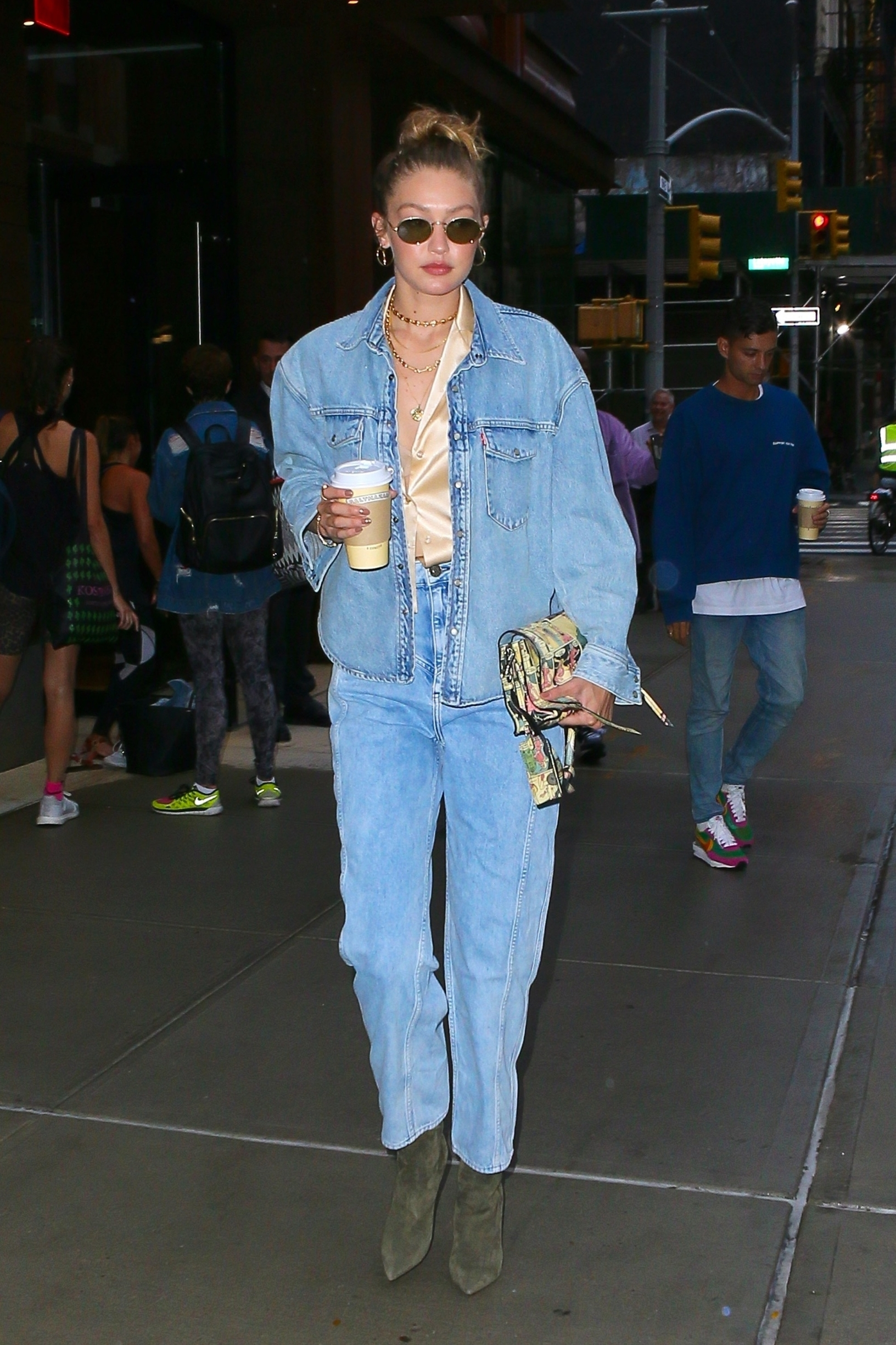 New York, NY  - Gigi Hadid heads to her curbside ride donning a denim ensemble on her way to the US open with friends.  BACKGRID USA 28 AUGUST 2019, Image: 467773839, License: Rights-managed, Restrictions: , Model Release: no, Credit line: T.JACKSON / BACKGRID / Backgrid USA / Profimedia