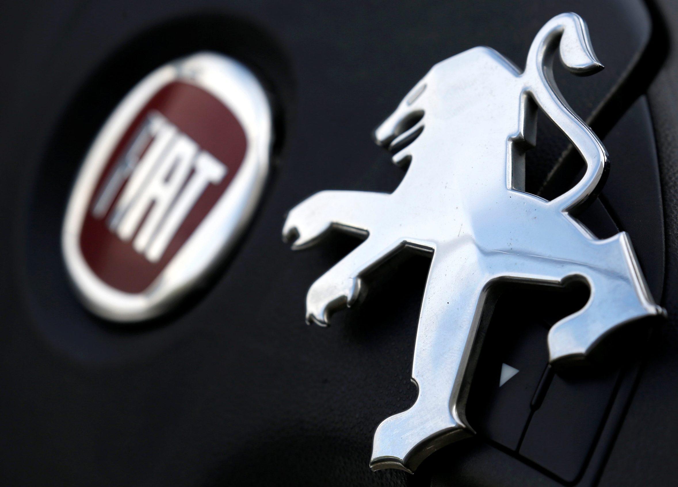 Ilustracija: logo Peugeota i Fiata