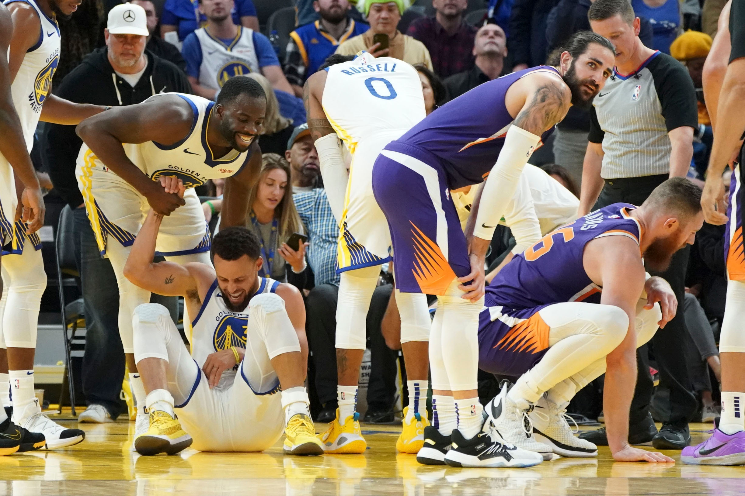 2019-10-31T051128Z_291092317_NOCID_RTRMADP_3_NBA-PHOENIX-SUNS-AT-GOLDEN-STATE-WARRIORS