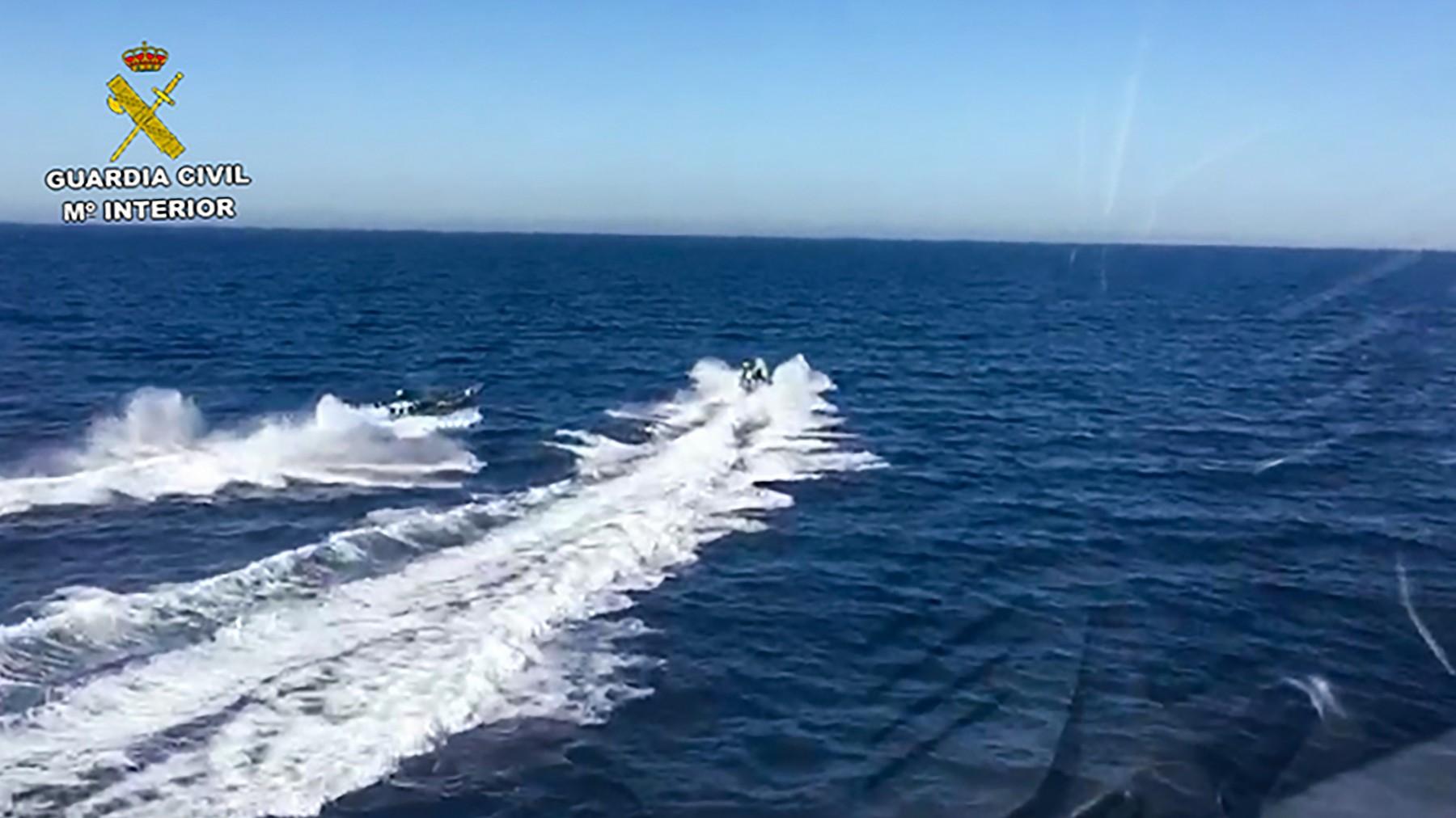 Sudar policijskog i odbjeglog broda na jugu Španjolske