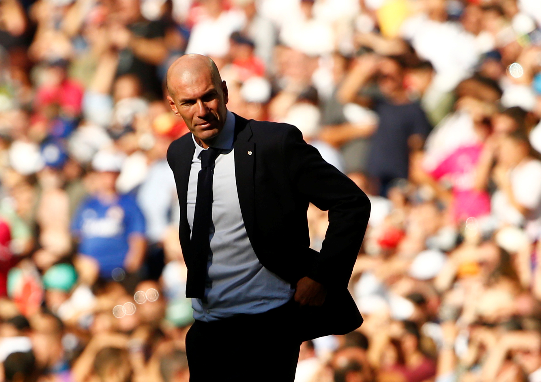 Soccer Football - La Liga Santander - Real Madrid v Granada - Santiago Bernabeu, Madrid, Spain - October 5, 2019  Real Madrid coach Zinedine Zidane during the match       REUTERS/Javier Barbancho - RC1120974CB0