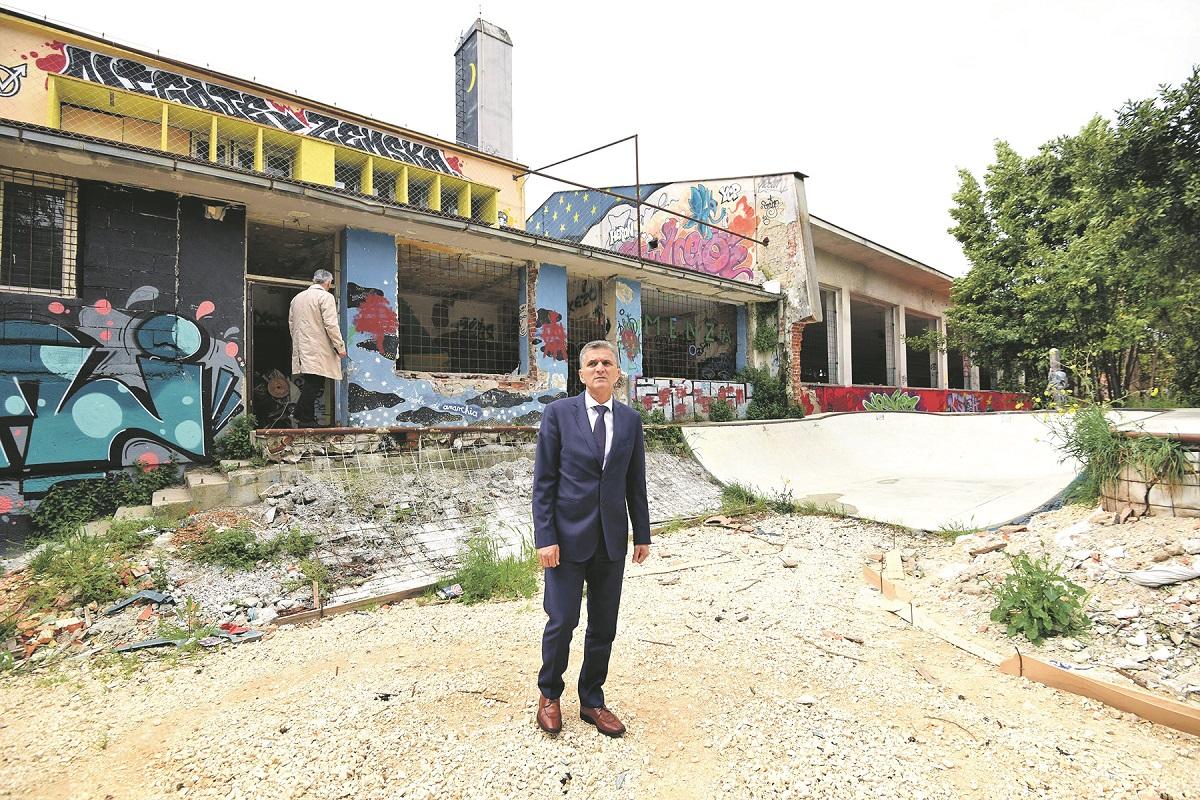 Ministar državne imovine Goran Marić