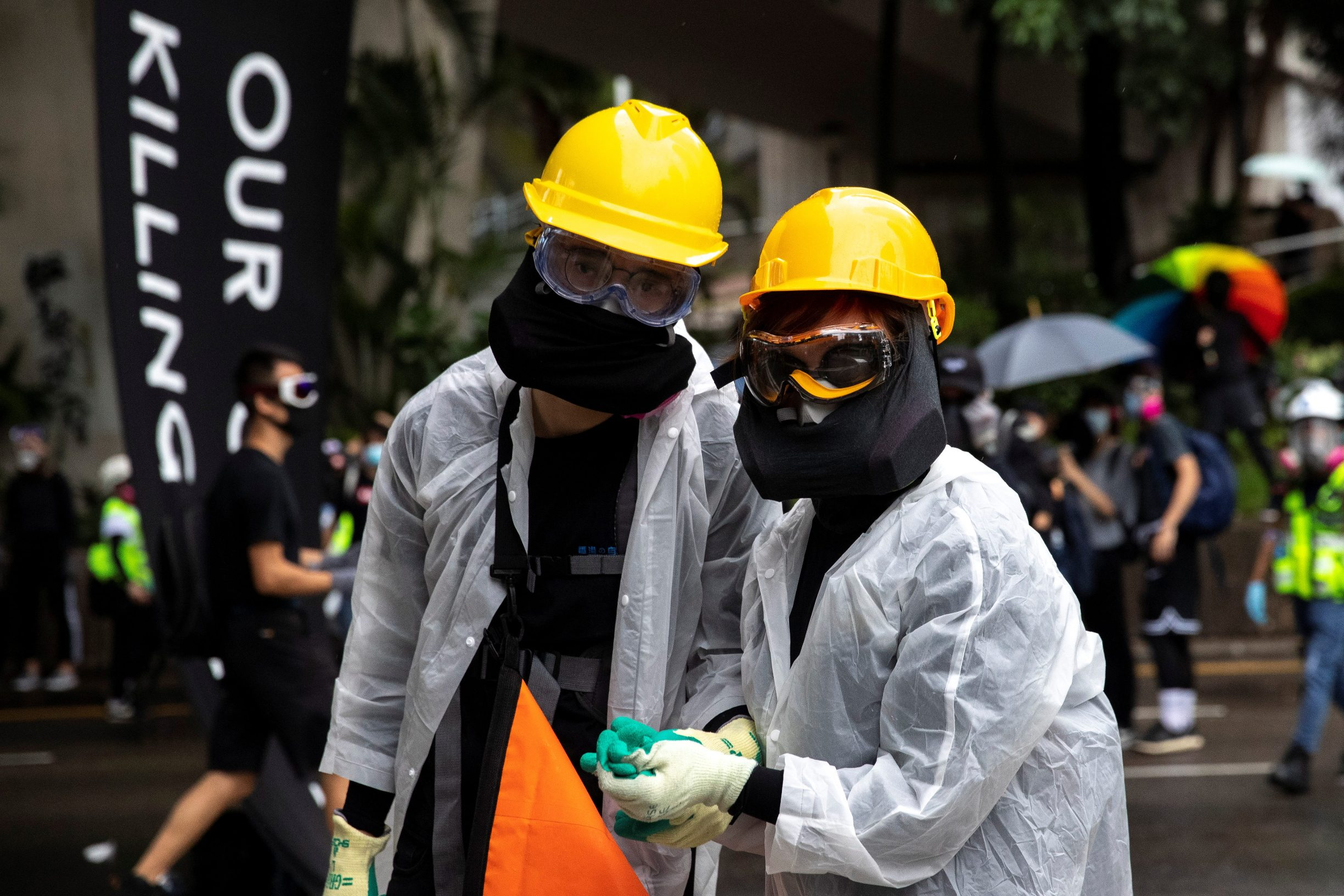 2019-10-06T151335Z_1536455771_RC14AA7B3D40_RTRMADP_3_HONGKONG-PROTESTS