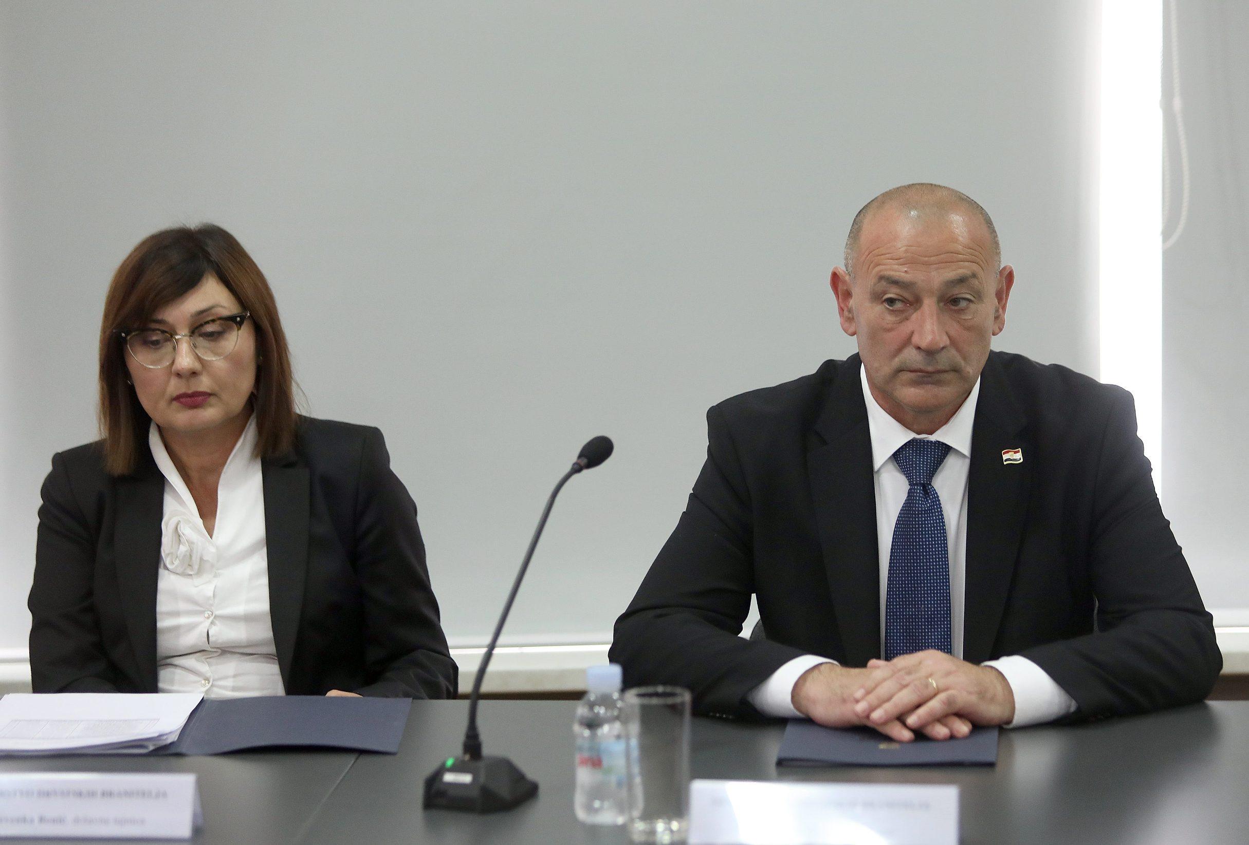 Nevenka Banić i ministar hrvatskih branitelja Tomo Medved