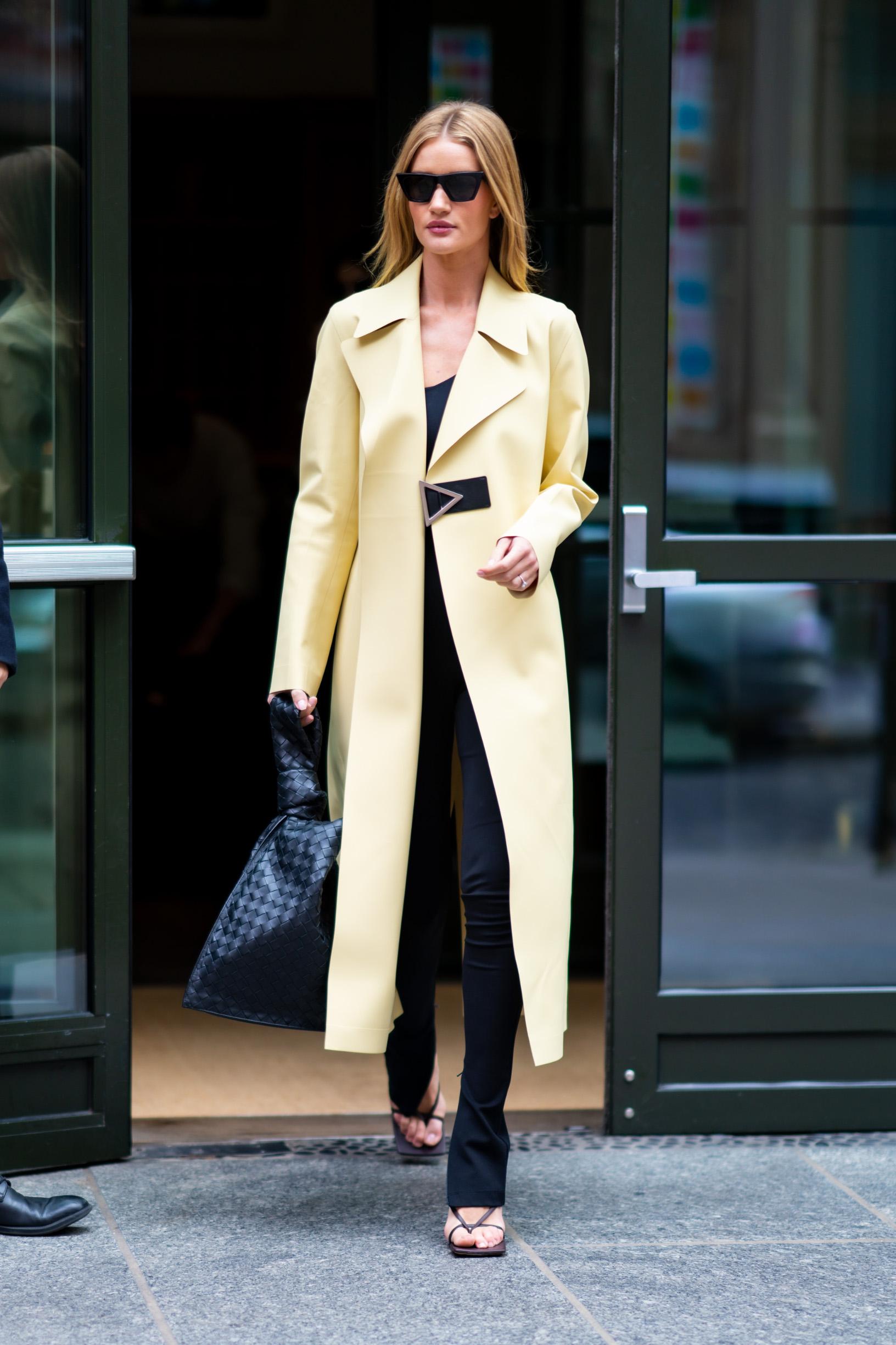 NEW YORK, NEW YORK - NOVEMBER 10: Rosie Huntington-Whiteley is seen in SoHo on November 10, 2019 in New York City. (Photo by Gotham/GC Images)