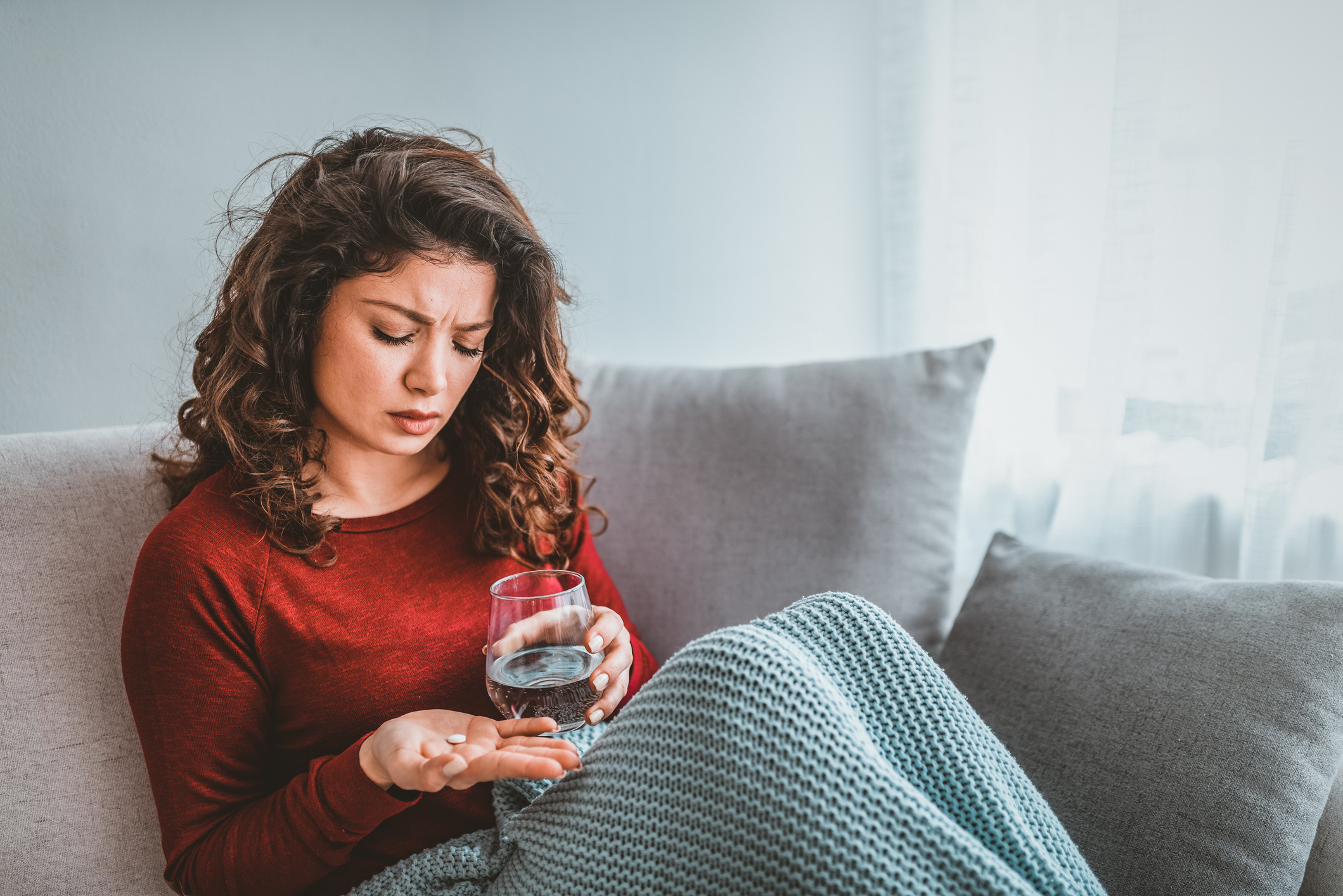 Antibiotičke kapsule i tablete najbolje je uzimati s vodom, ne s mlijekom i mliječnim proizvodima, jer bi moglo doći do usporavanja i otežavanja apsorpcije lijeka.