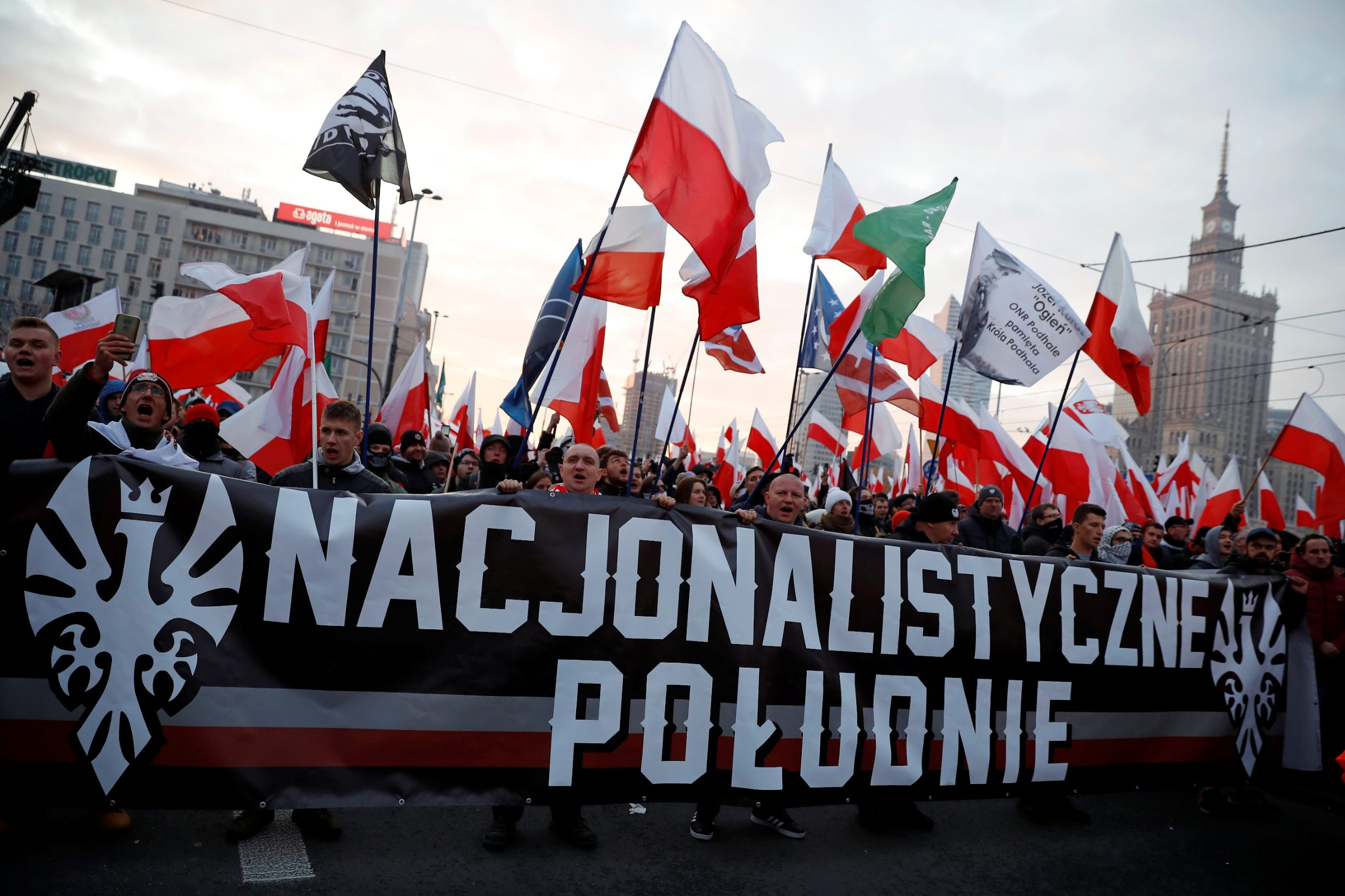 2019-11-11T144937Z_1374562224_RC229D951JTC_RTRMADP_3_POLAND-INDEPENDENCE-MARCH