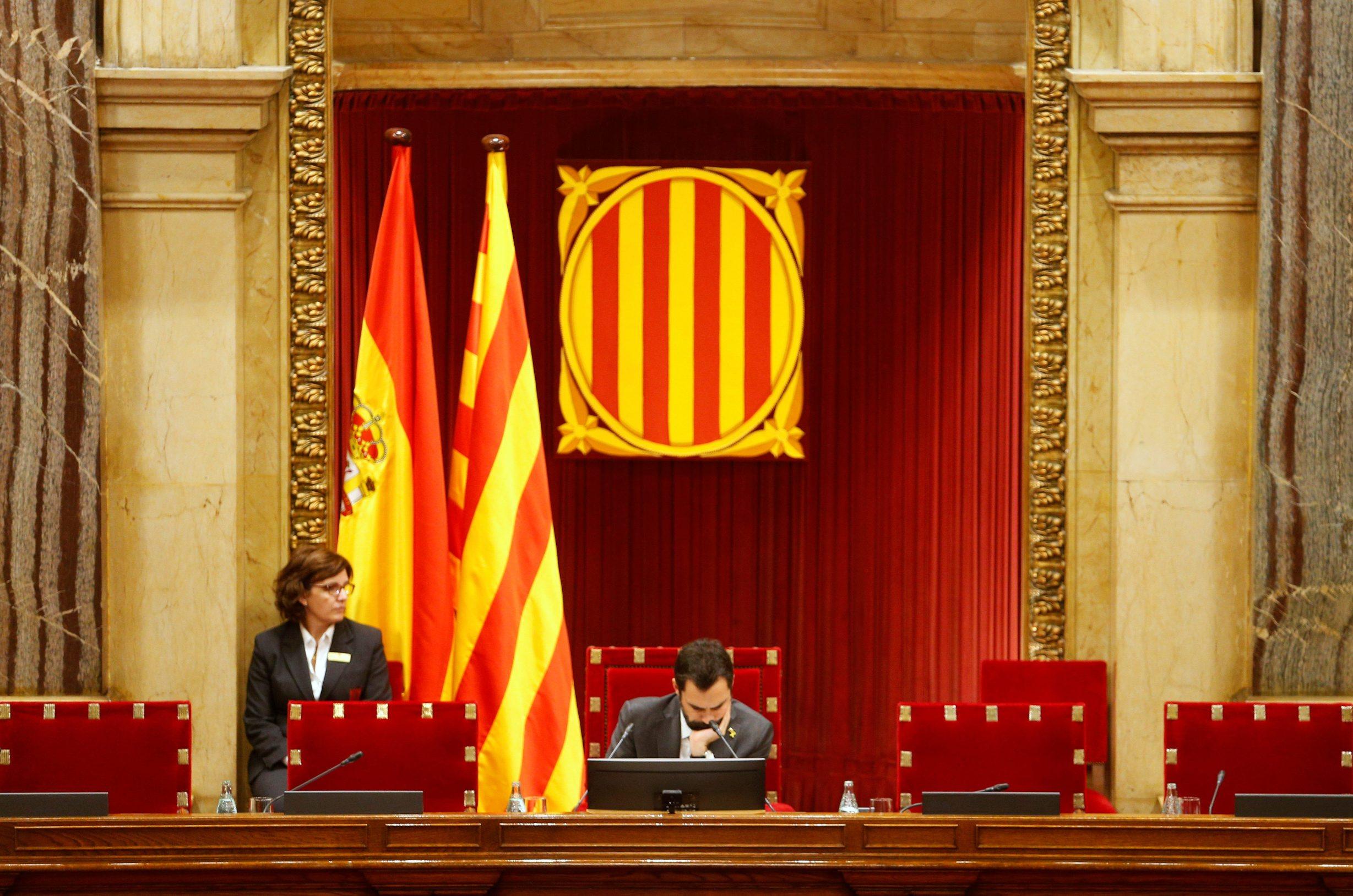 2019-11-12T151242Z_132388604_RC2R9D9ULQTA_RTRMADP_3_SPAIN-POLITICS-CATALONIA-TORRA