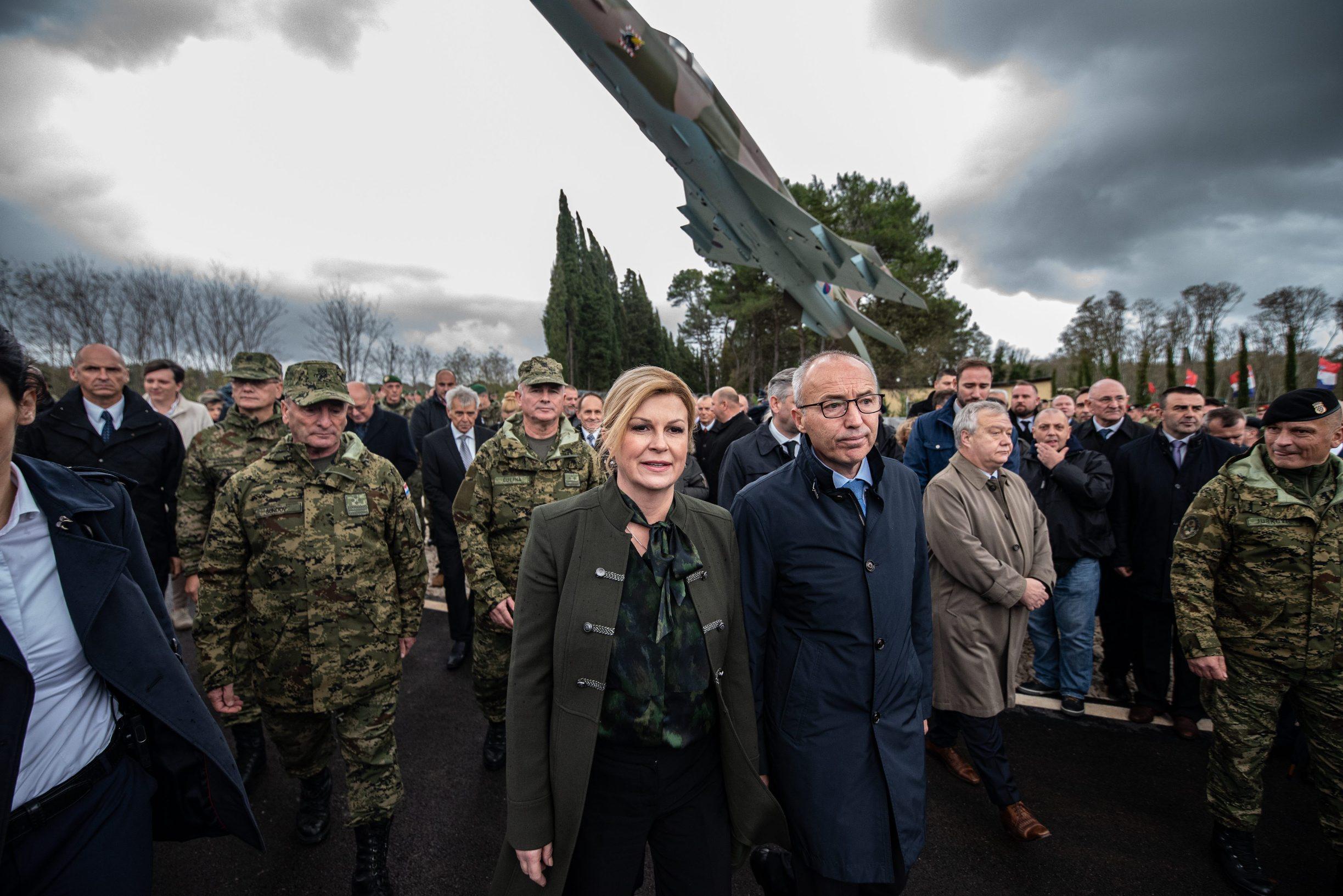 Kolinda Grabar Kitarović, Damir Krstičević