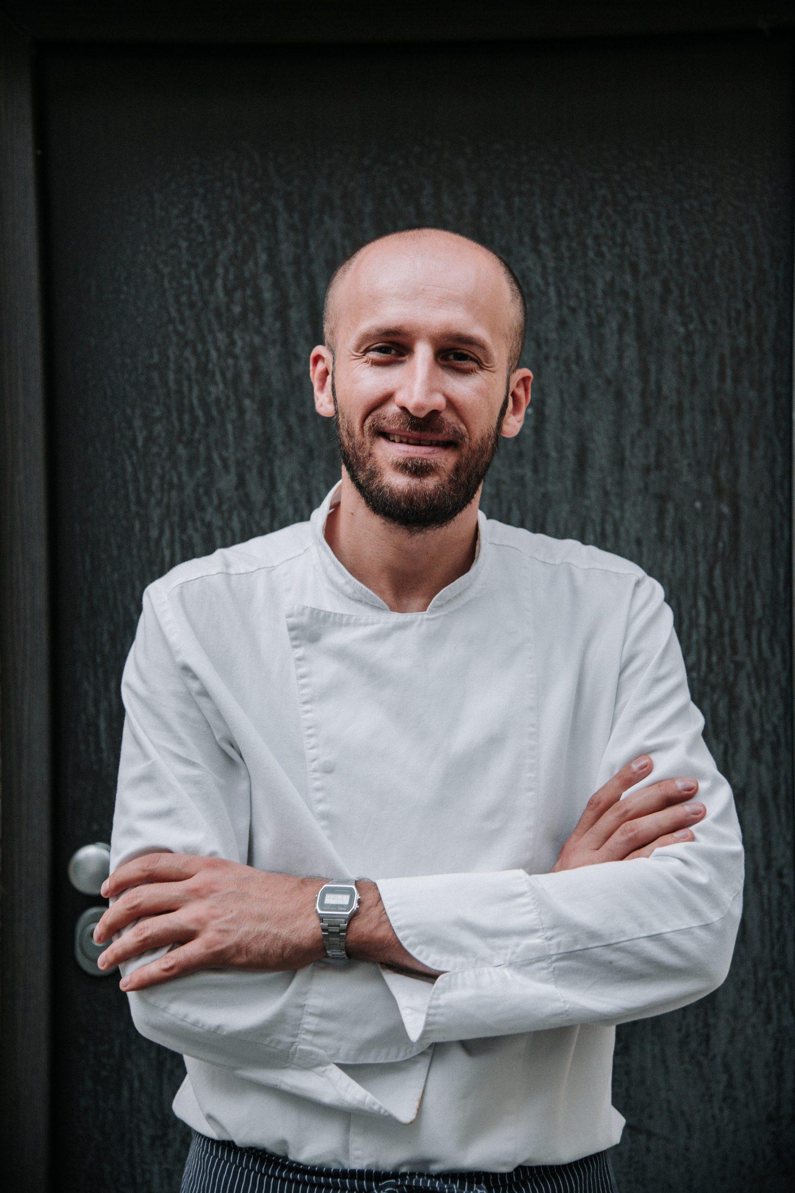 Zagreb, 231019 Chef Marin Medak odrzao je radionicu pastramija u Bagel baru. Na slici je: Marin Medak. Foto: Marko Miscevic / Cropix