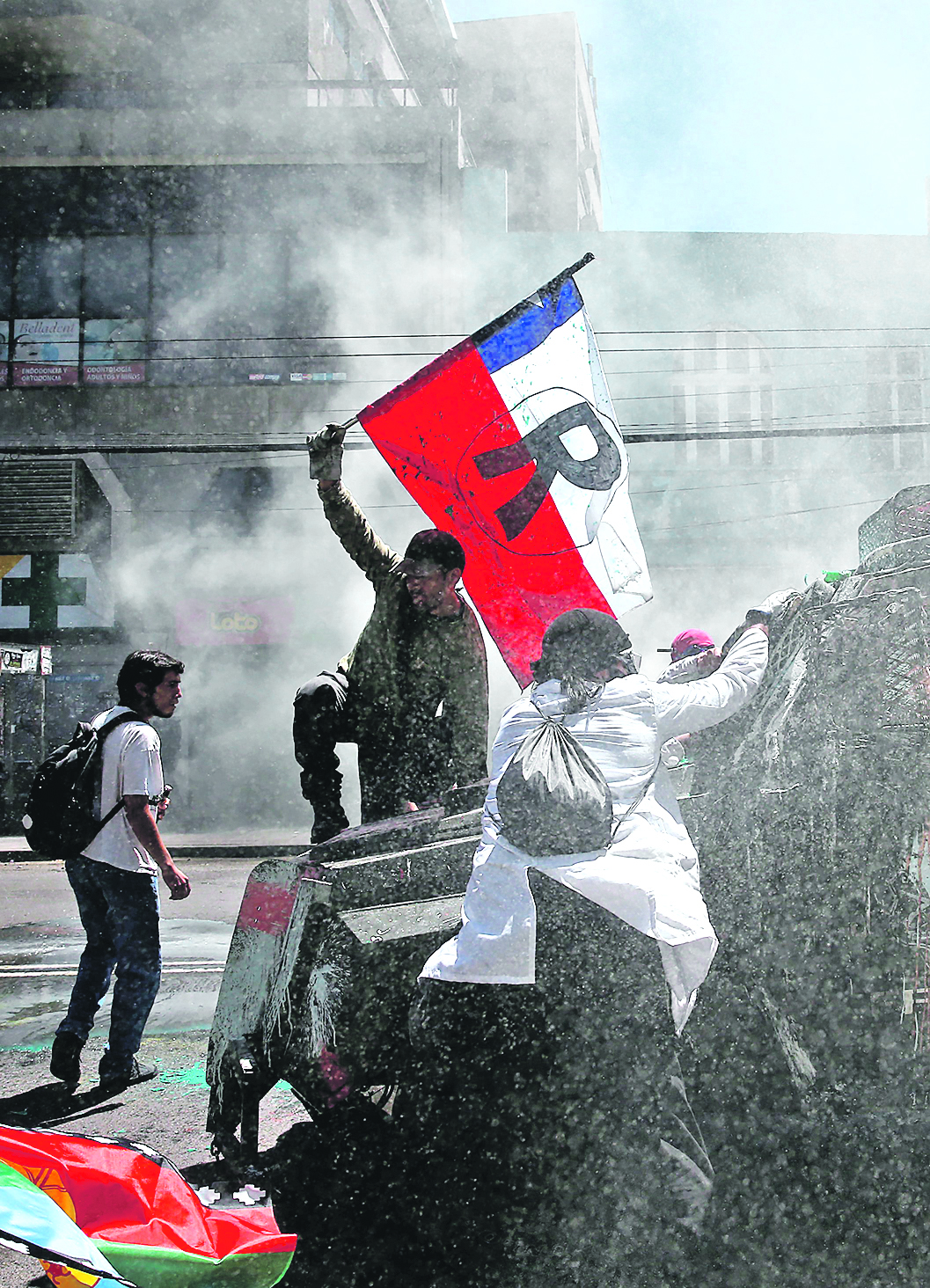 267929-342404-2019-10-30T000000Z_2029044597_RC1BA7088DD0_RTRMADP_3_CHILE-PROTESTS