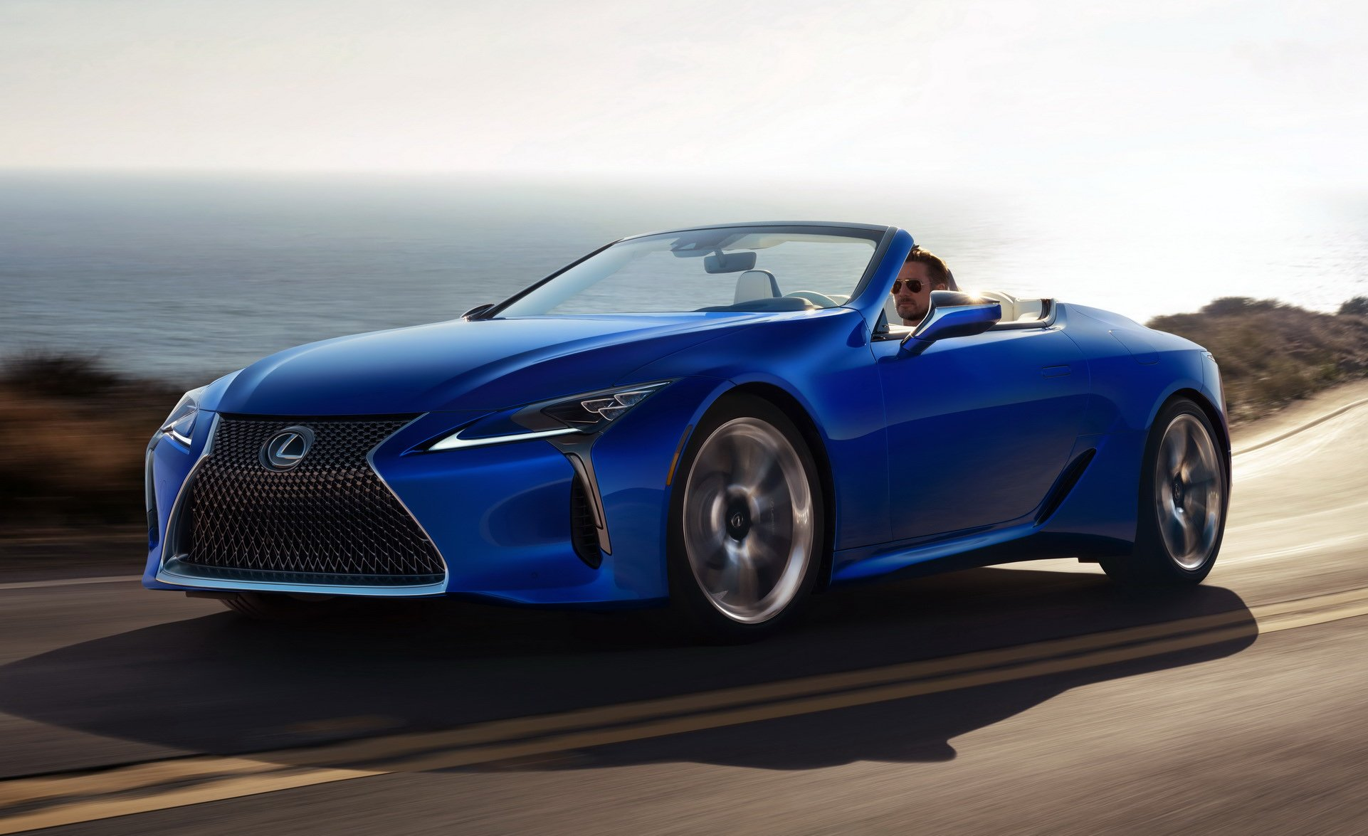 2021-Lexus-LC500-Convertible-15
