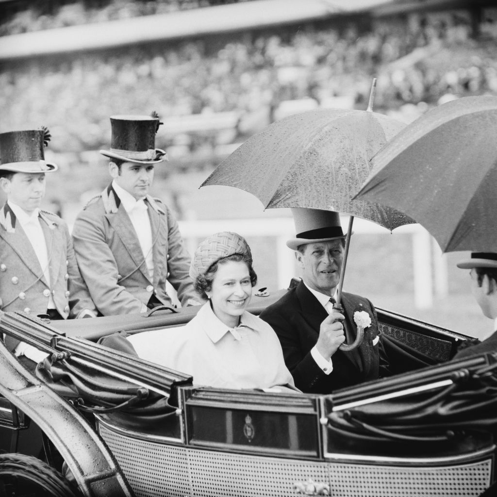 Queen Elizabeth II and Prince Philip arrive on a carriage at Royal Ascot, Ascot Racecourse, UK, 18th June 1969. (Photo by Evening Standard/Hulton Archive/Getty Images)